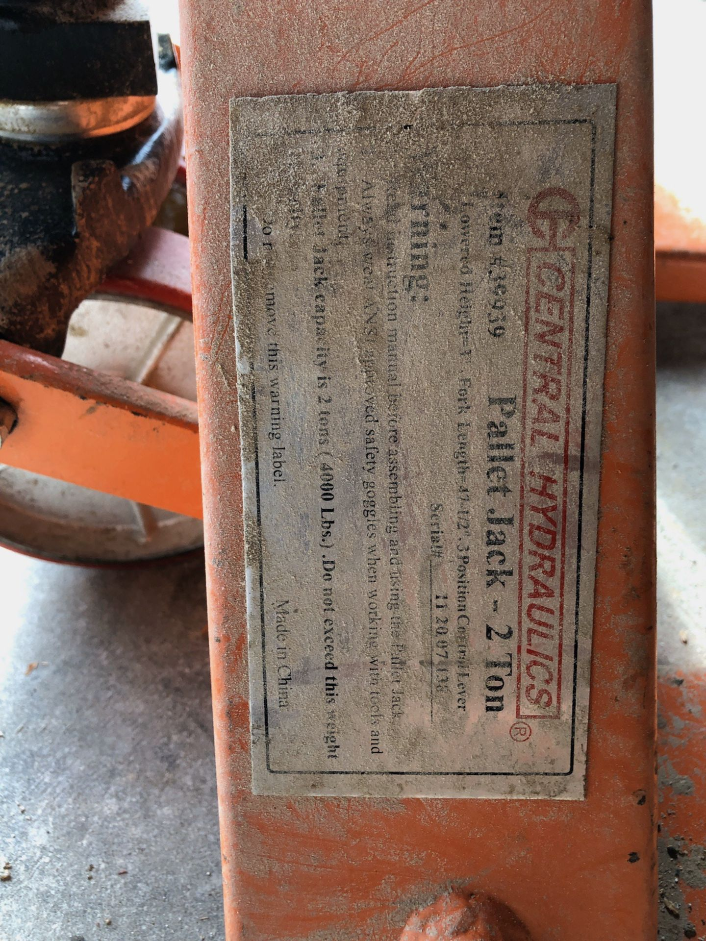 Lot 76 - Central Machinery Manual Pallet Jack, 2-ton | Rig Fee: $10 or HC