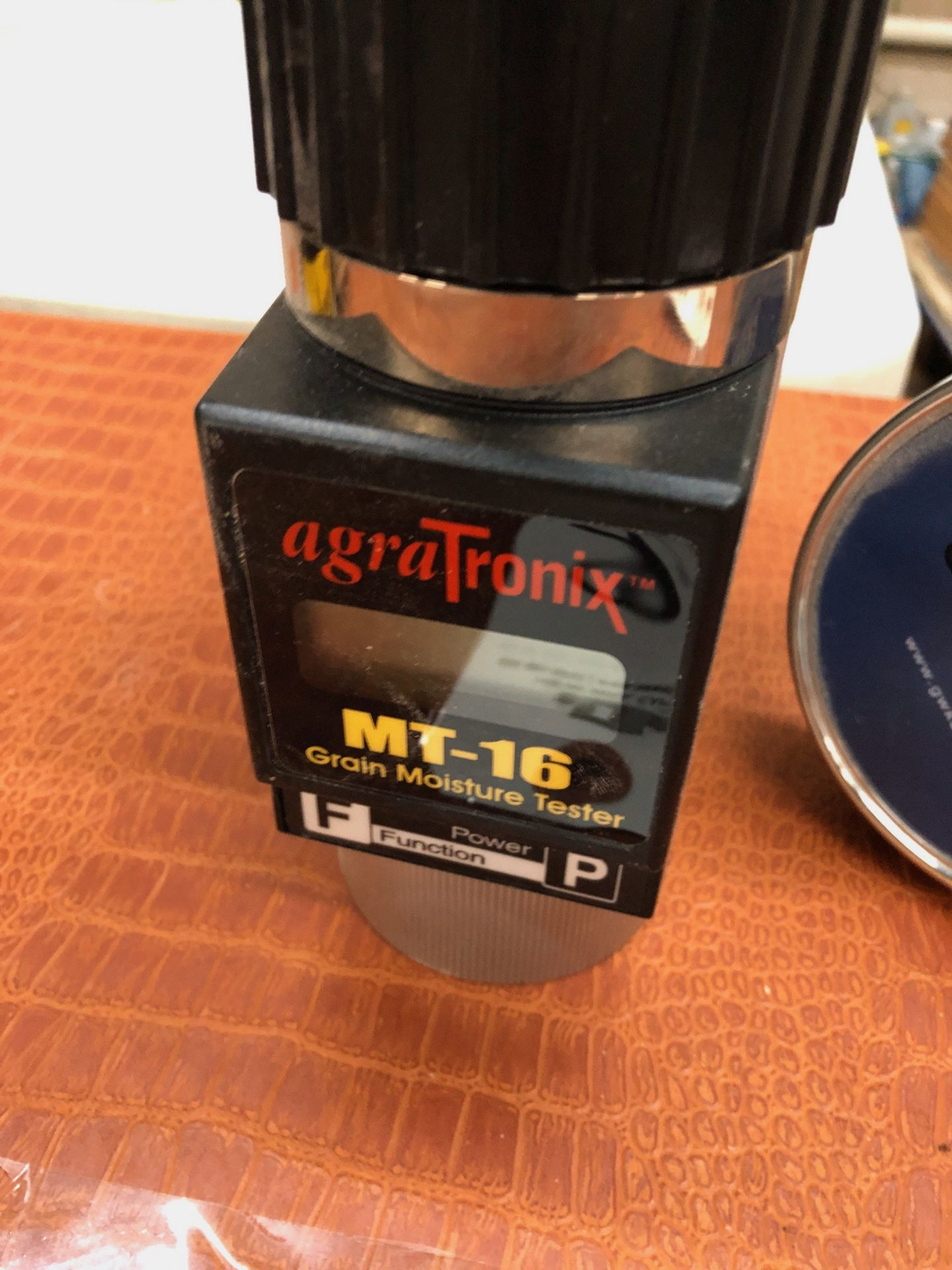 Lot 35 - AgraTronix MT-16 Grain Moisture Tester | Sub to Bulk | Rig Fee: $30 or HC