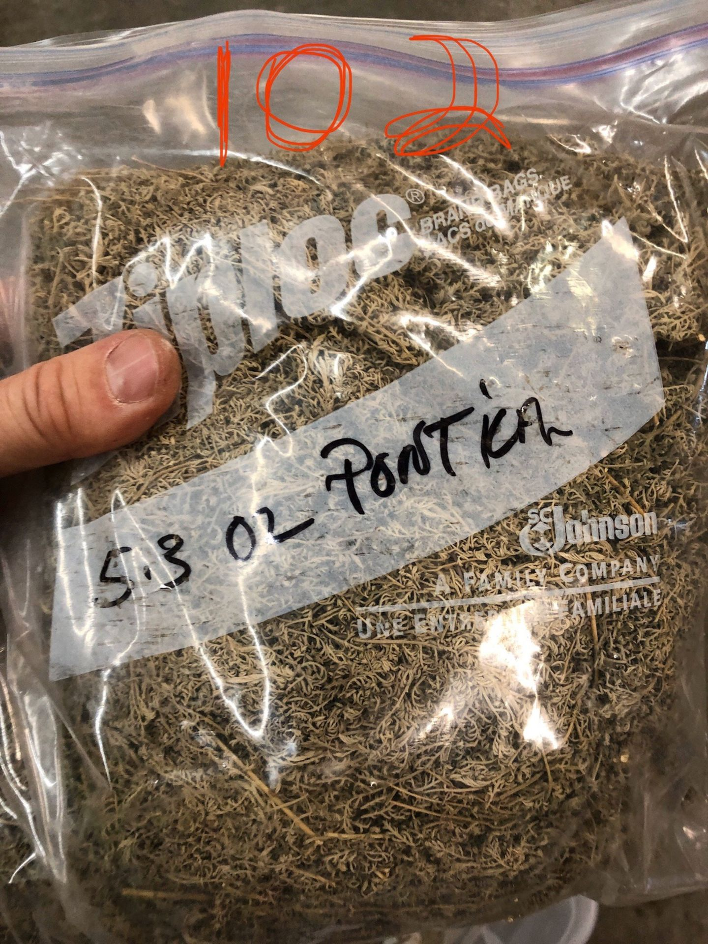 Lot 102 - Lot of Herbs and Botanicals: Ponitica, Wormwood Herb C/S (Weight to be Provided | Rig Fee: $20 or HC