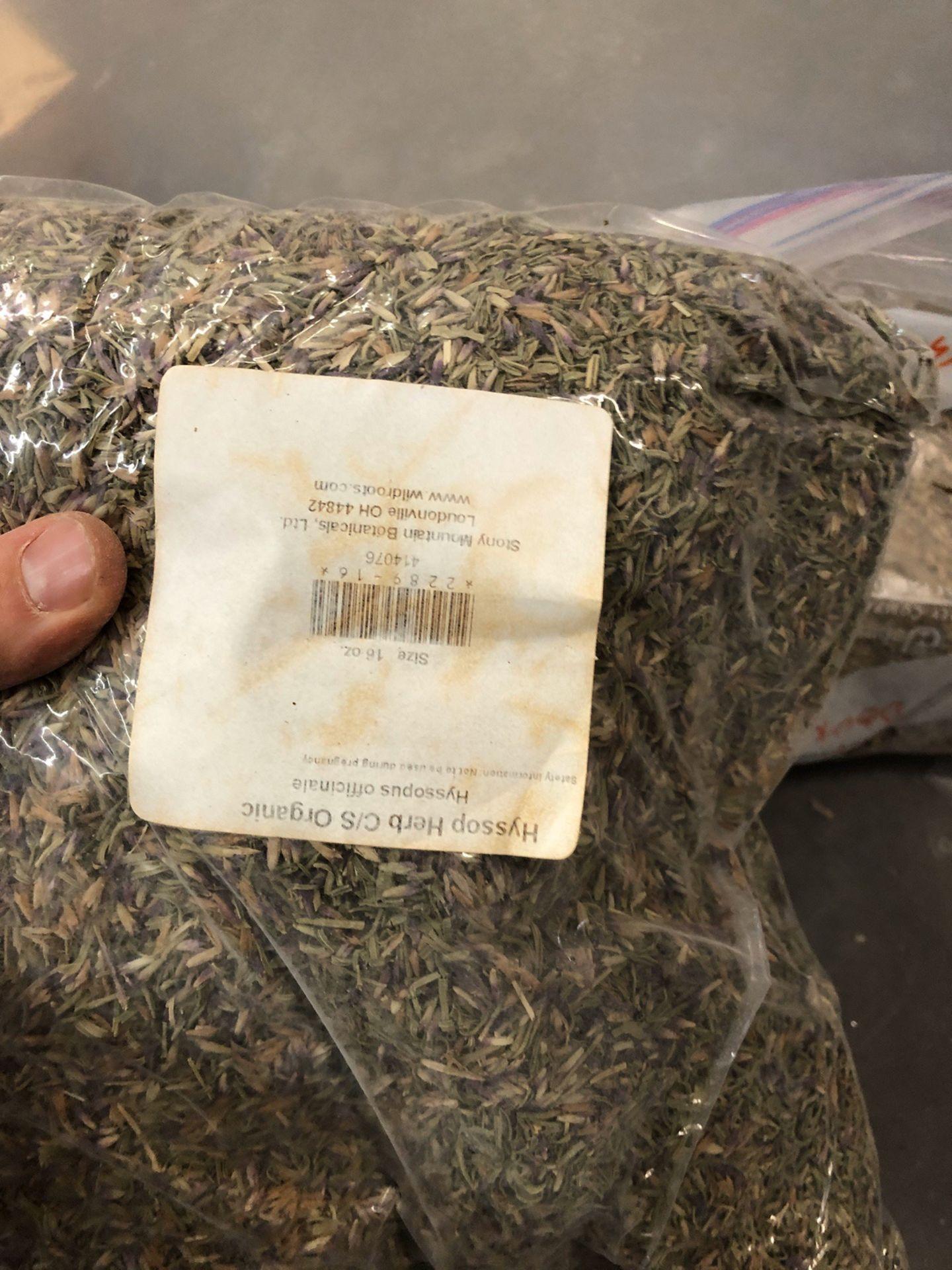 Lot 109 - Lot of Herbs and Botanicals: Orange Peel, Peppermint Leaf, Cinchona Bark, Caraw   Rig Fee: $20 or HC