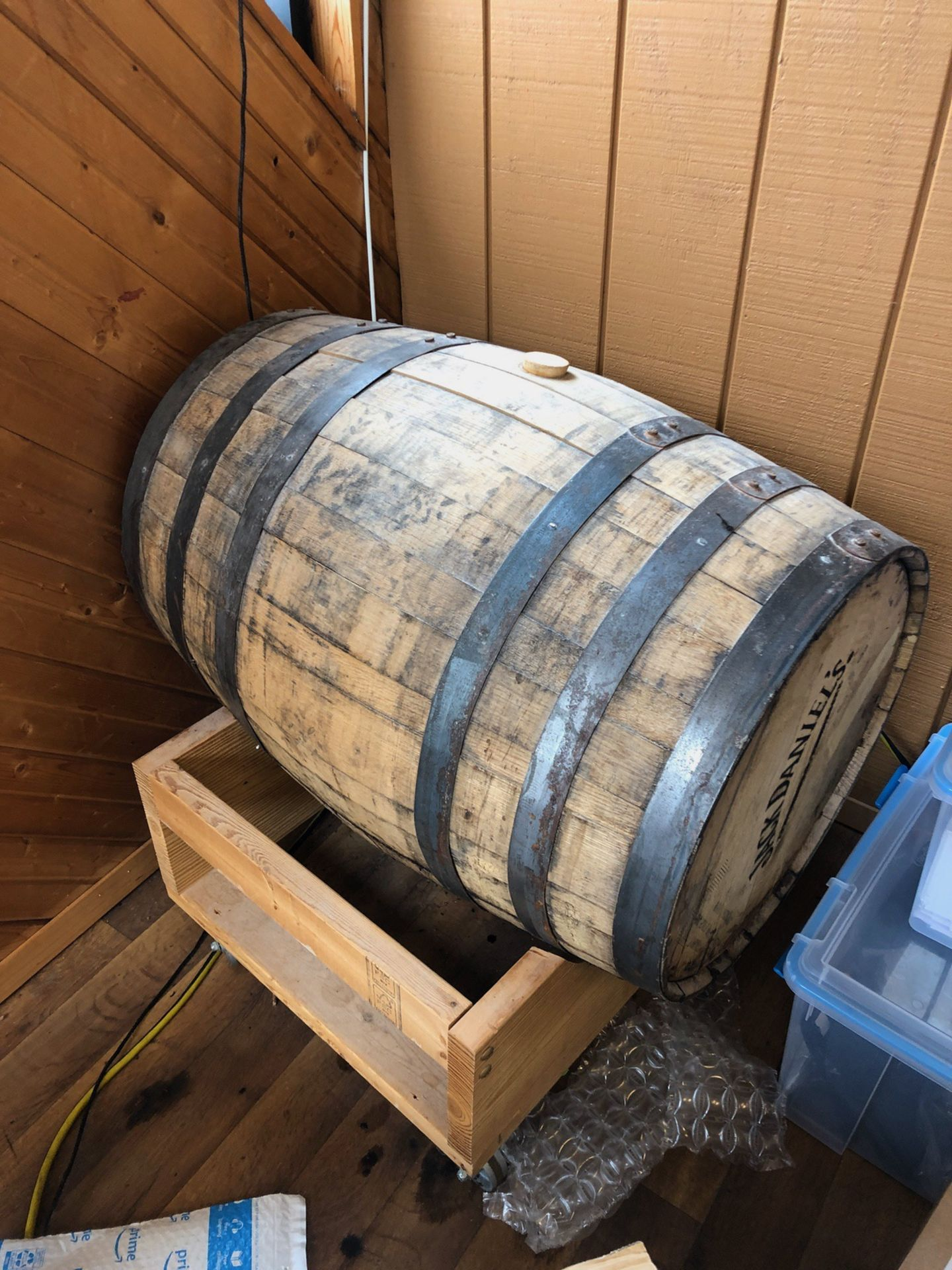 Lot 58 - (2) Oak Barrels and (2) Fusti Cans | Rig Fee: $50 or HC