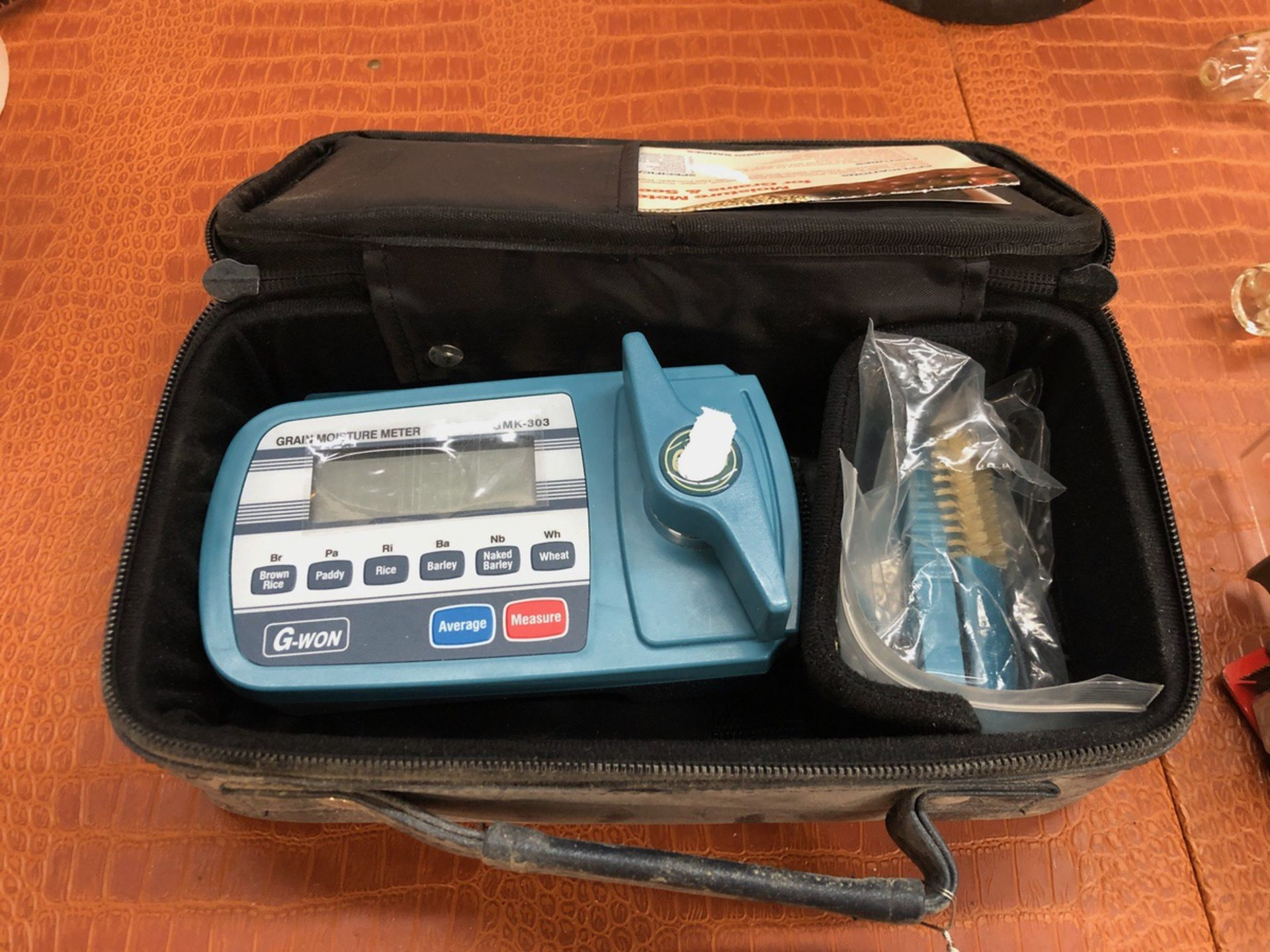 Lot 34 - G-Won Grain Moisture Meter, Model GMK-303 | Sub to Bulk | Rig Fee: $30 or HC