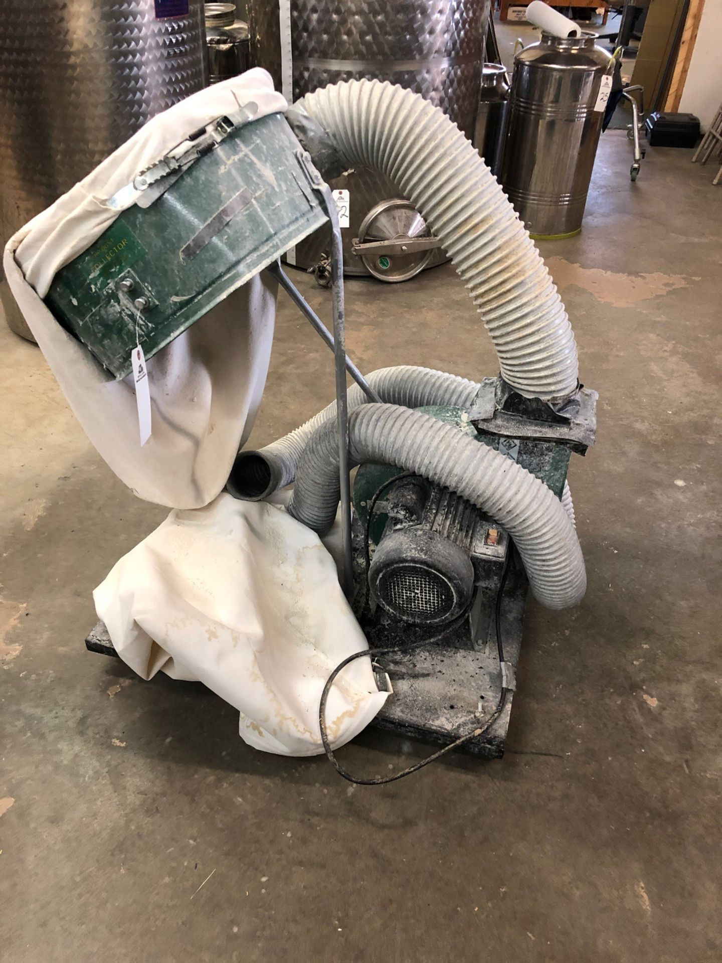 Lot 88 - Central Machinery 2Hp Dust Collector, 70 Gallon, 3450 RPM, 120V / 60Hz / 14A, S | Rig Fee: $25 or HC