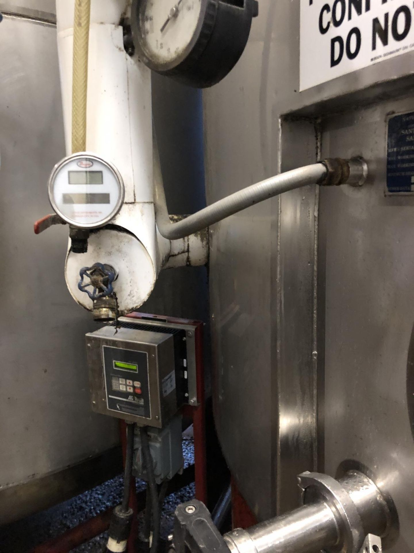 Lot 14 - Santa Rosa 100 BBL Brite Tank, Dish Bottom, Dome Top, Glycol Jacketed, Stainless St | Rig Fee: $1750