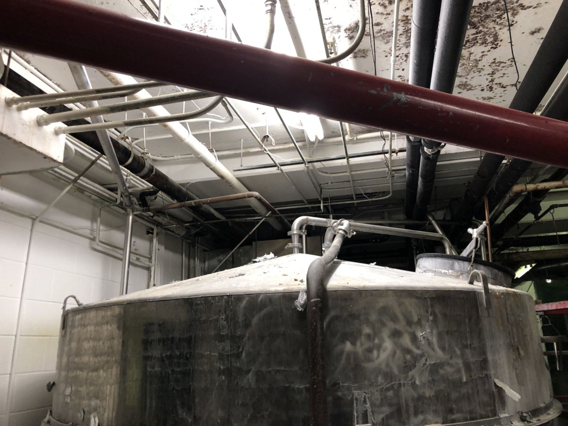 Lot 24 - 50 BBL Whirlpool Tank, Cone Top, Flat Bottom, Steel Frame, Stainless Steel, Approx   Rig Fee: $1400