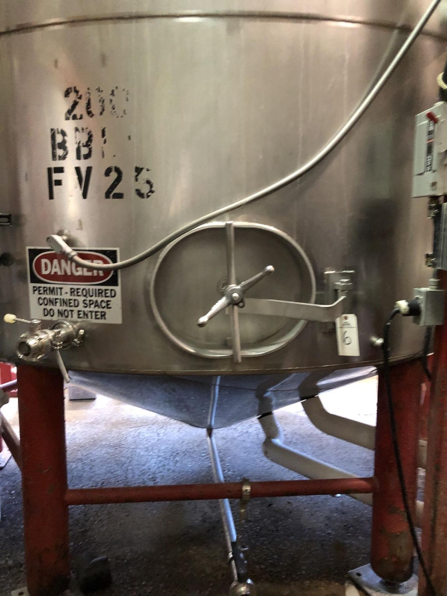 Lot 6 - Santa Rosa 200 BBL Fermenter, Cone Bottom, Glycol Jacketed, Stainless Steel, Approx | Rig Fee: $3300