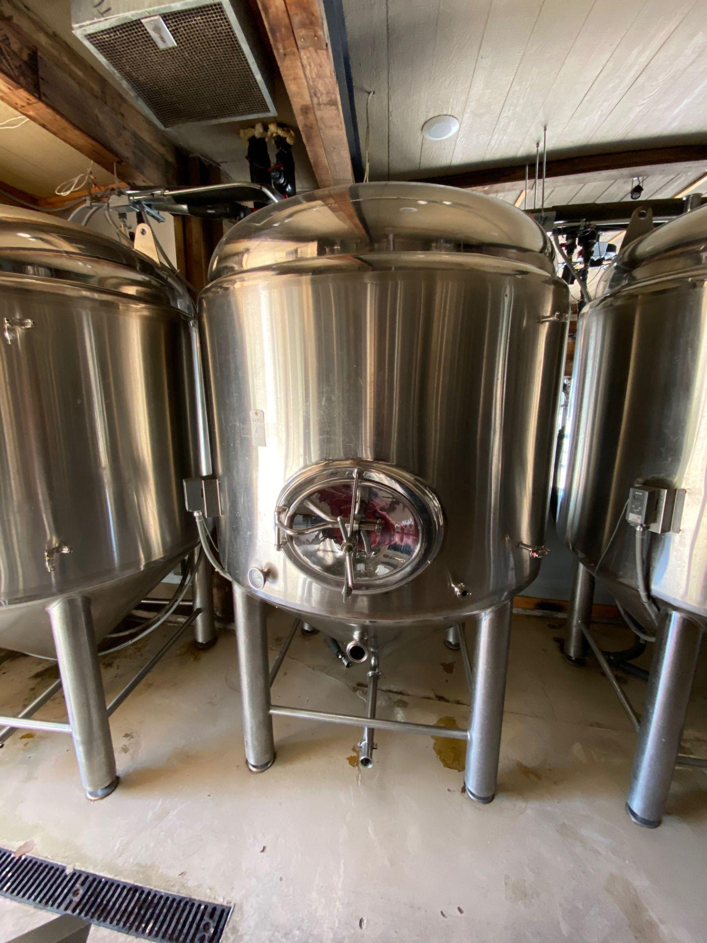 Lot 6 - 2014 Criveller 20 BBL Fermentation Vessel, 304 Stainless Steel, Sidew | Sub to Bulk | Rig Fee: $500