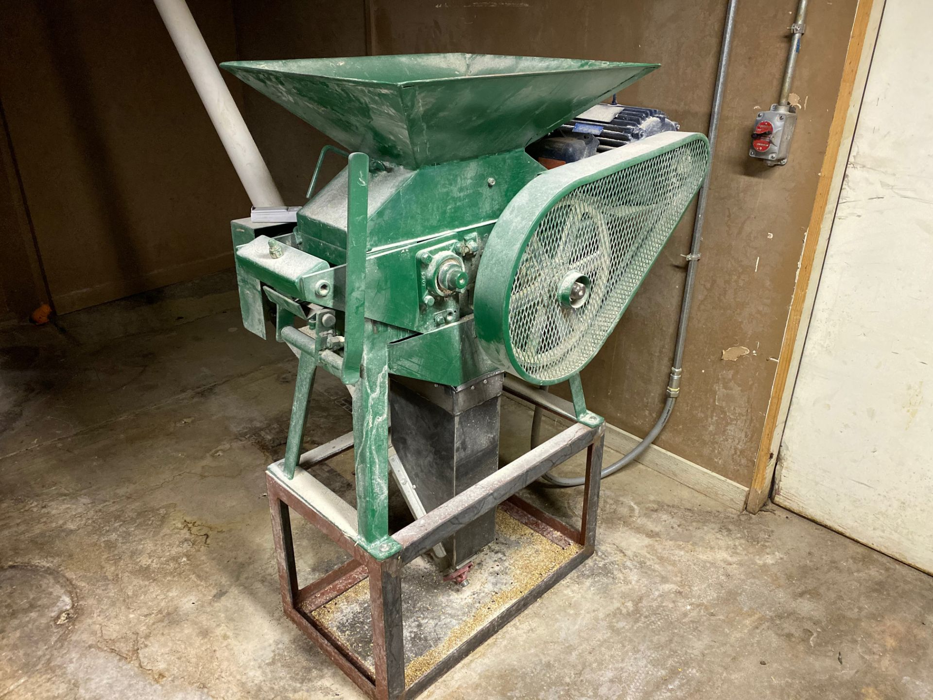 Lot 19 - Grain Mill, 5 HP, Belt Driven | Sub to Bulk | Rig Fee: $75
