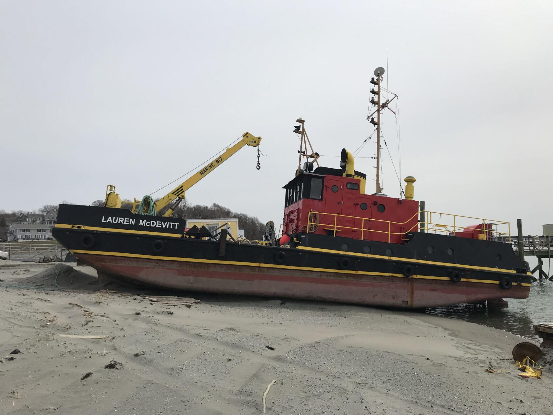 Lot 0 - 25' PUSH BOAT - 45' CREW BOAT - 73' TUGBOAT - (2) OCEAN BARGES - MARINE EQUIPMENT