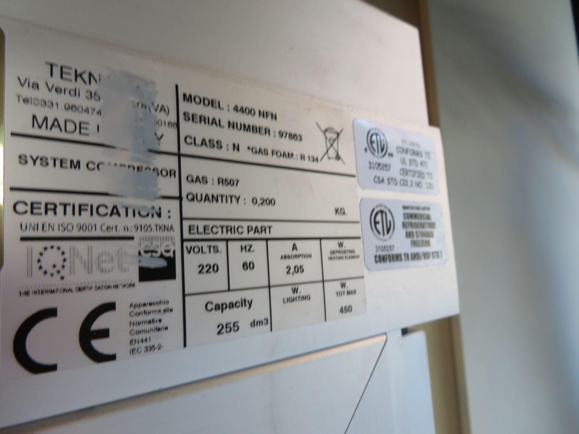 Lot 62 - GTI Tekno # 4400NFN Glass 1 Door Illum SC RI Refrigerator