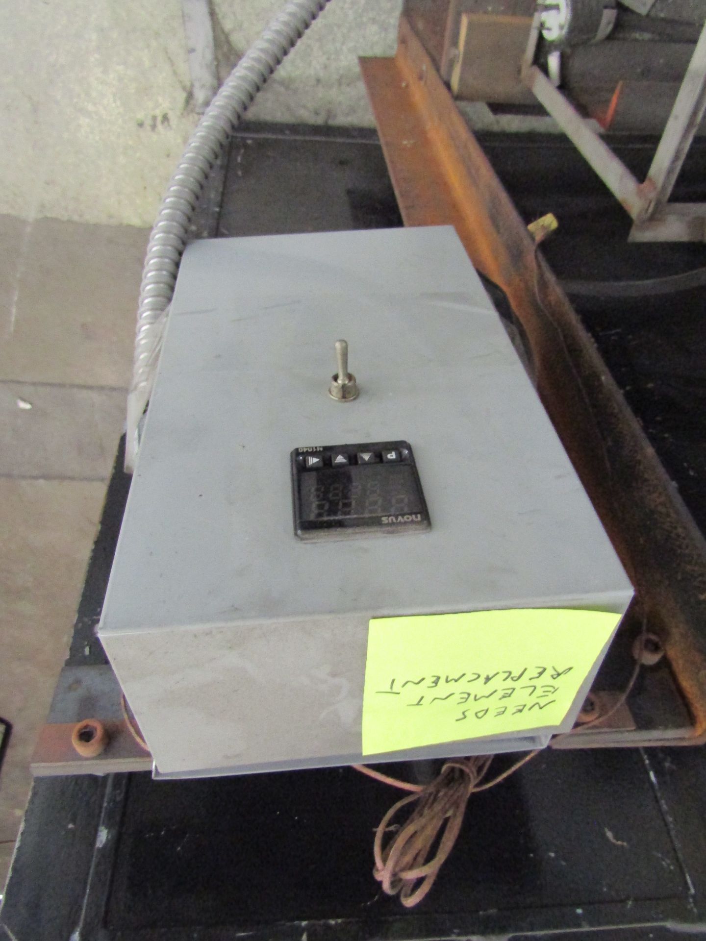 Lot 19 - SITTER LT-3K Kiln **Note: Needs Element Replacement for Control**