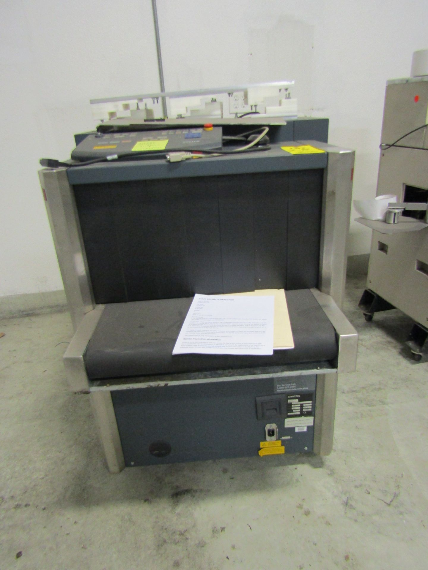 Lot 28 - SMITHS HEIMANN Security X-Ray Unit, Model HS 6030 DI, With Conveyor and Control, S/N 26569 **Needs