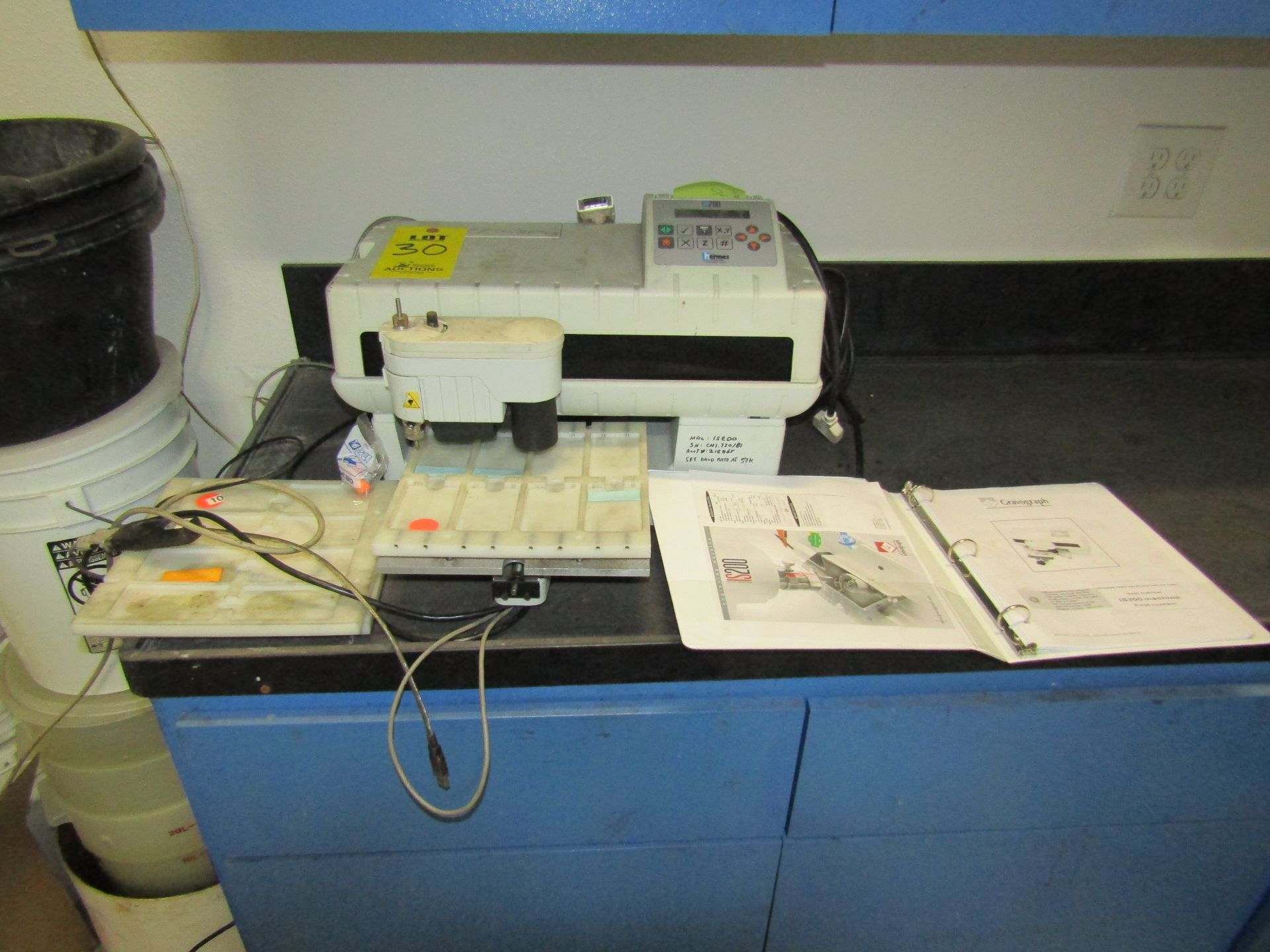 Lot 30 - HERMES IS200 Gravograph Engraving Machine, S/N CNI.730/81, With Operating Manual