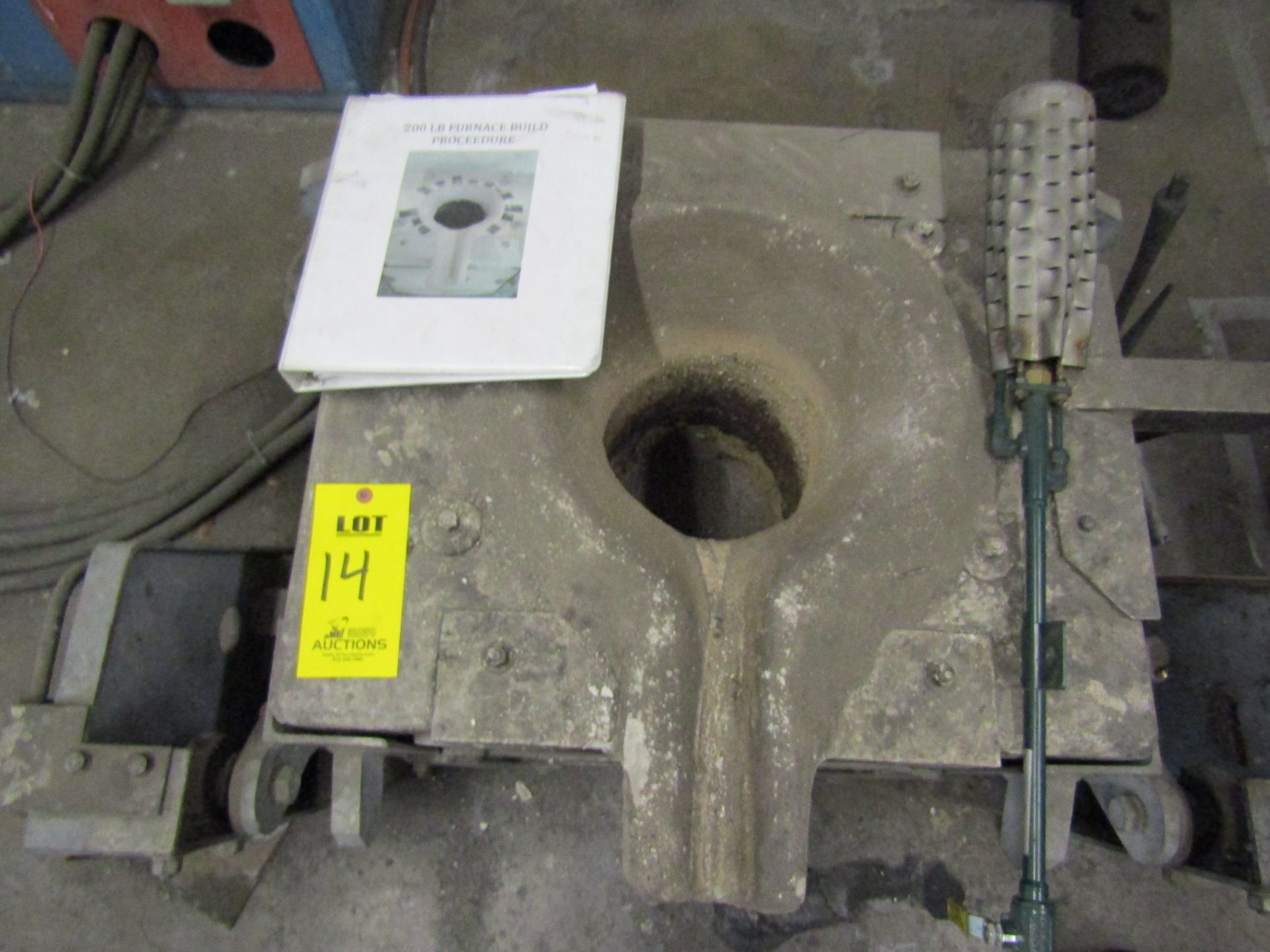 Lot 14 - ITC Induction Furnace, Power Cube #1, Box Type, Hydraulic Tilt, And Stanchions with Two Hydraulic