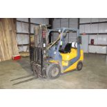 "Lot 141 - FORKLIFT, TCM 3,400 LB. CAP. MDL. FG25T7L, 3-stage mast, 199"" lift ht., side shift, 4,783 H.O.M.,"