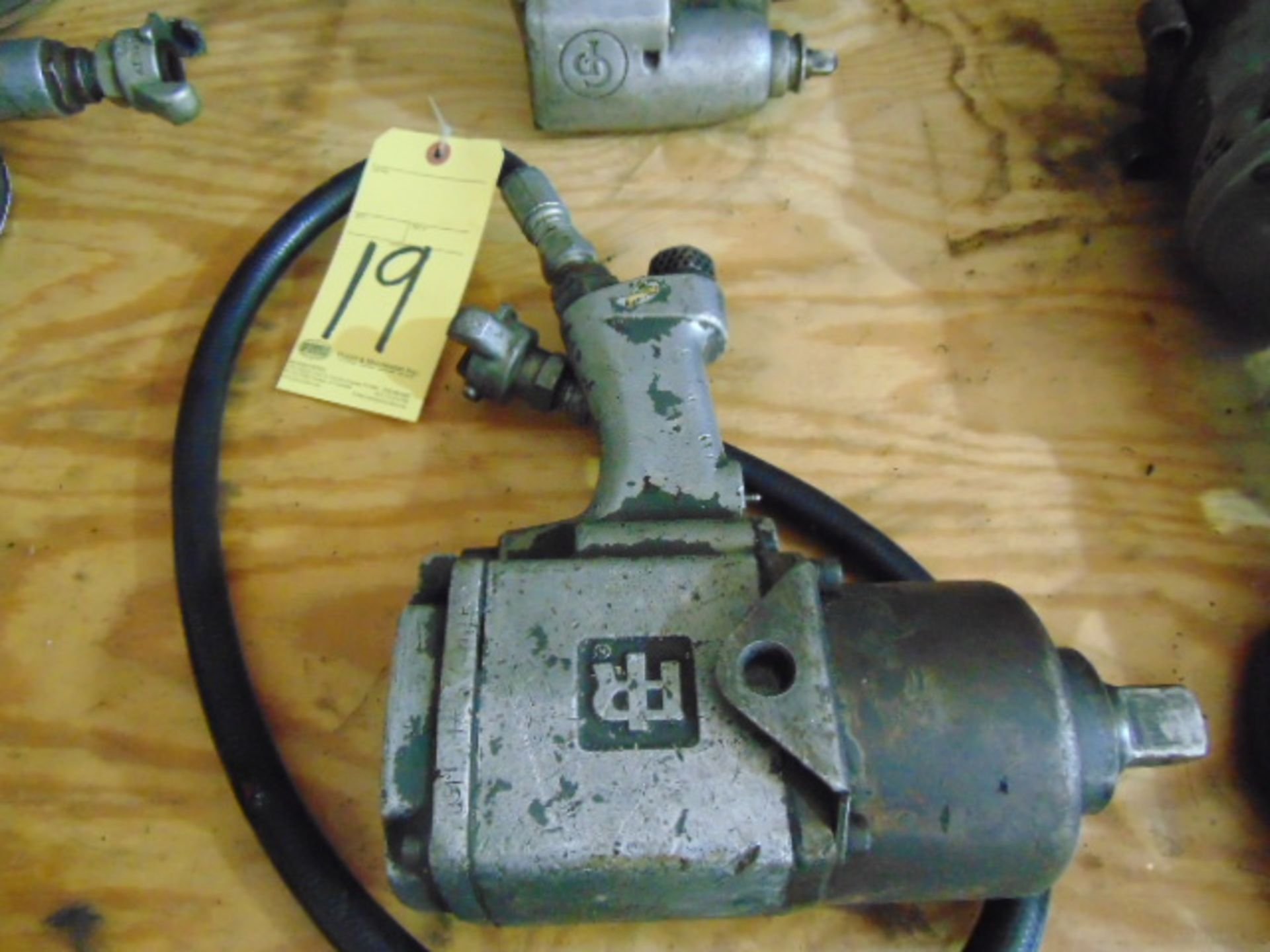 Lot 19 - PNEUMATIC IMPACT WRENCH, INGERSOLL RAND 1""