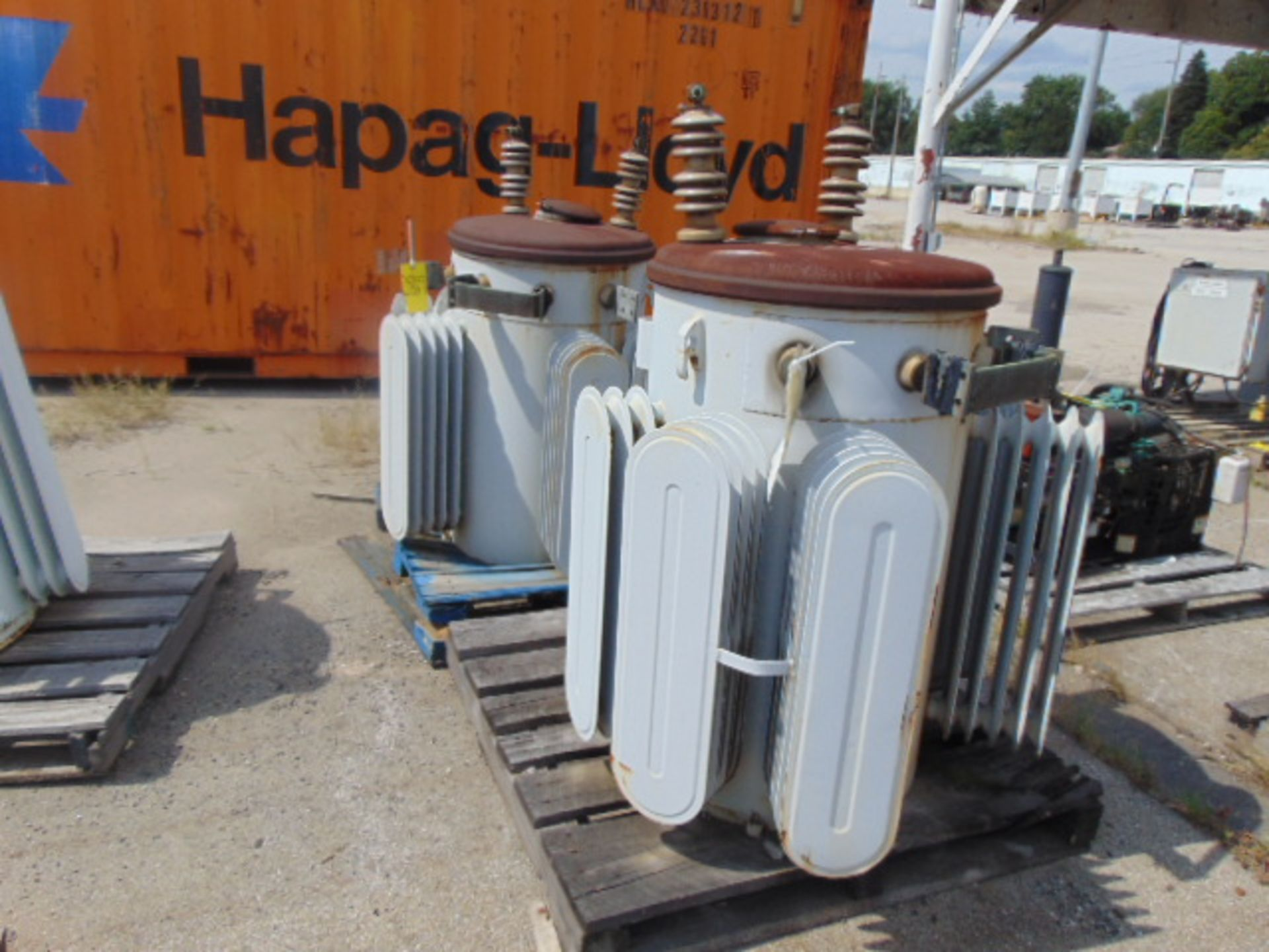 Lot 2869 - LOT OF DISTRIBUTION TRANSFORMERS (2), G.E., 333 KVA