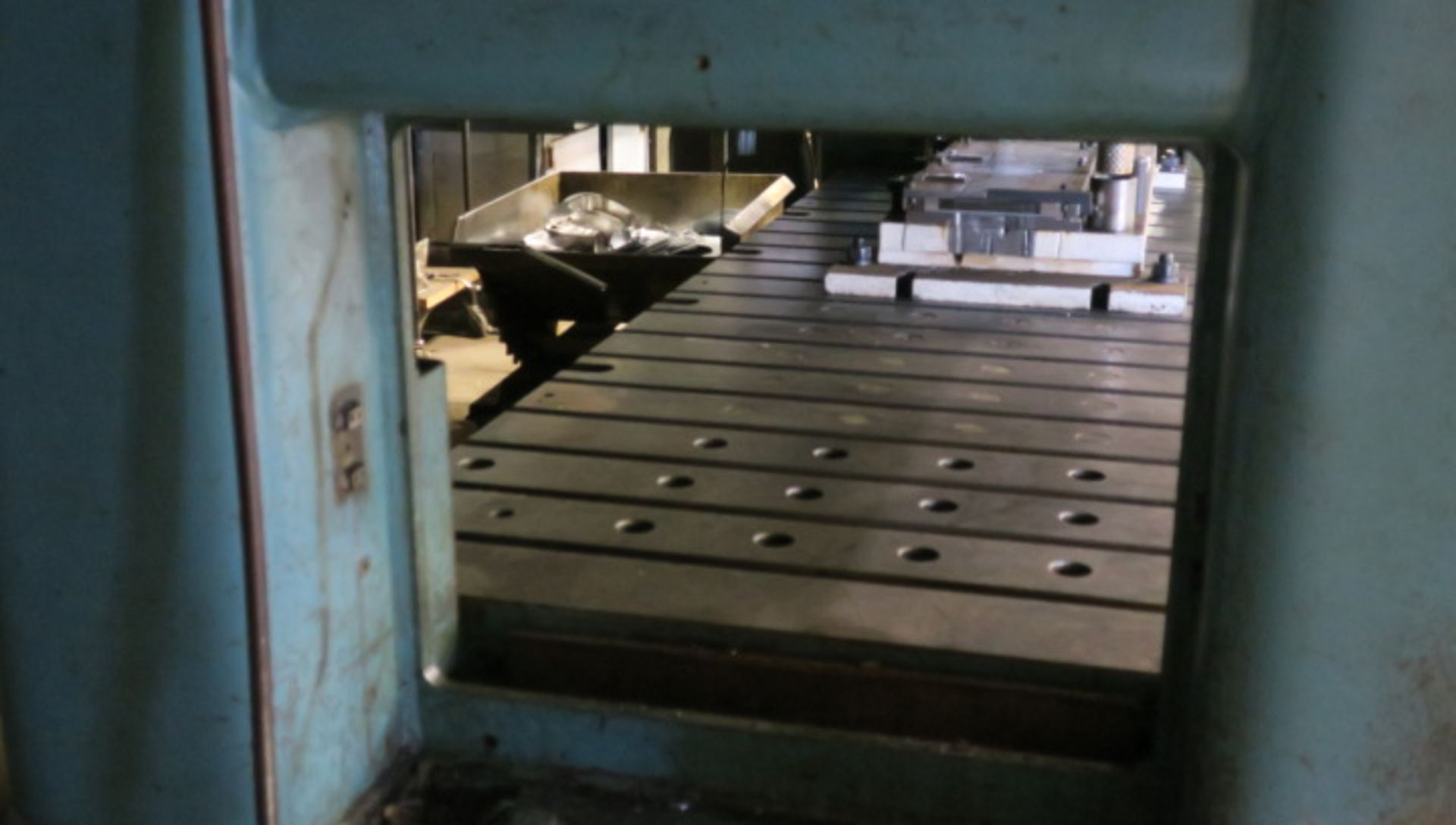 "Lot 1 - STRAIGHT SIDE DOUBLE CRANK PRESS, NIAGARA 200 T. CAP. MDL. SC2-200-120-42, 8"" stroke, 26"" shut"