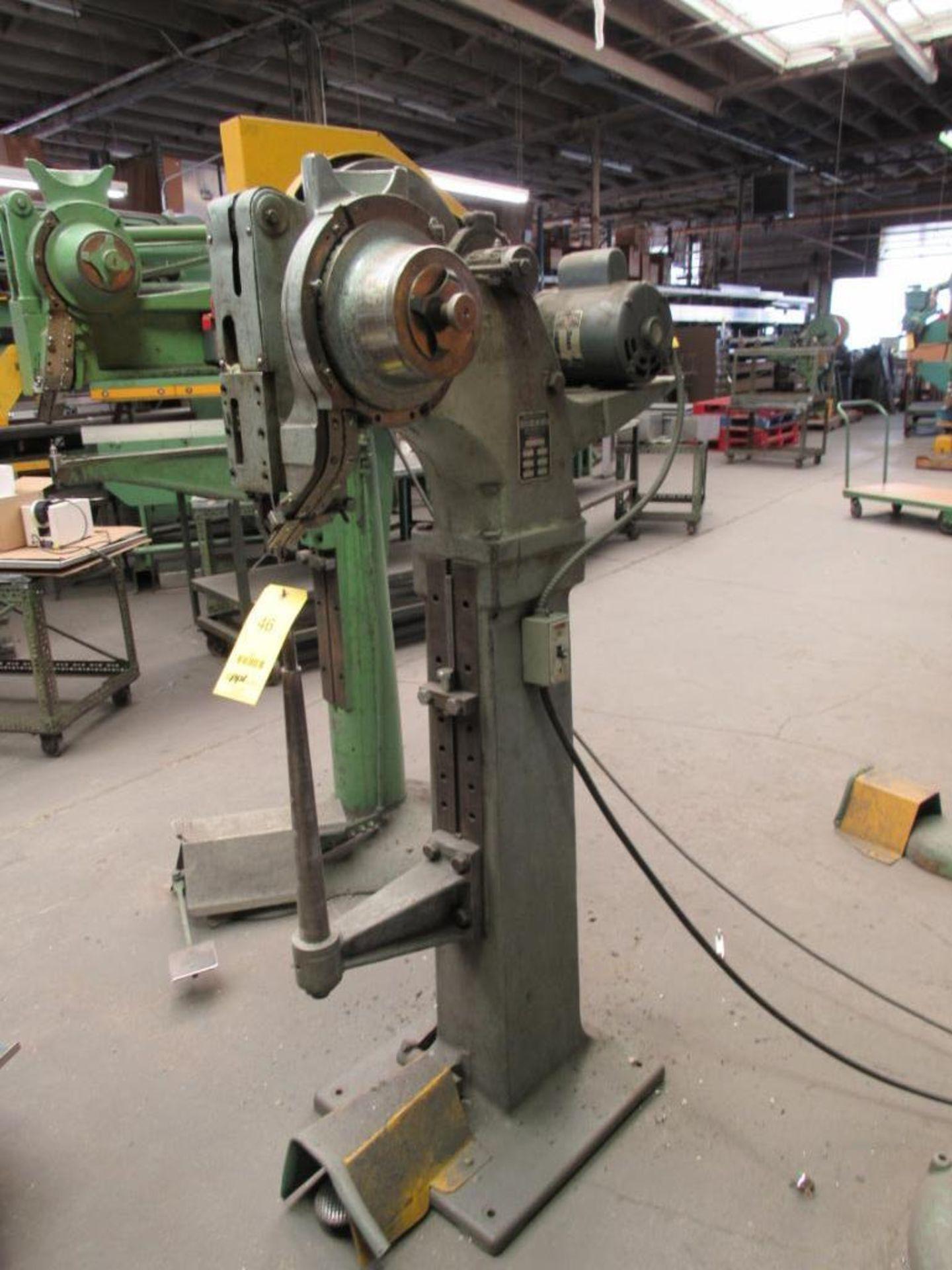 Lot 46 - Chicago Rivet & Machine Hopper Feed Riveter Model 912-5058