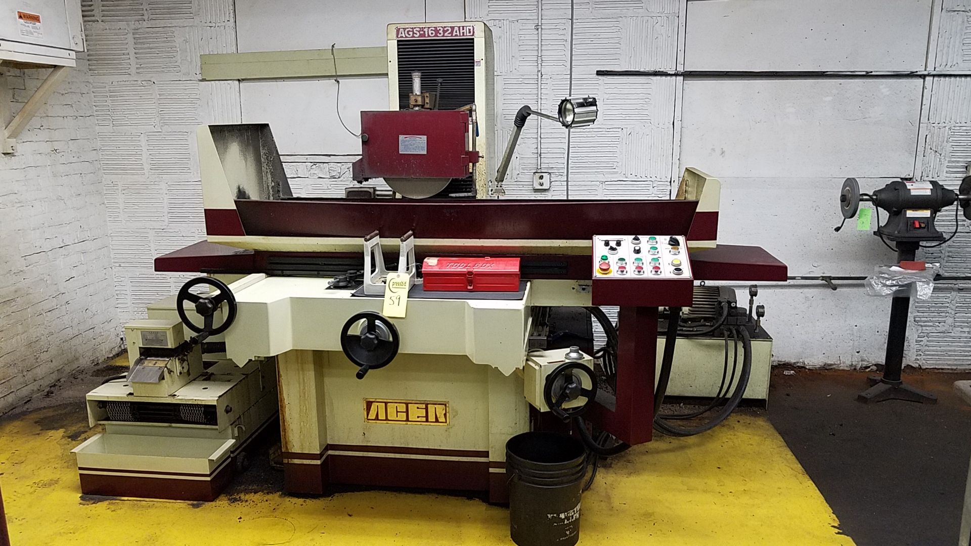 """Lot 59 - 16 x 32"""" ACER #AGS-1632AHD HYDRAULIC SURFACE GRINDER S/N N14050307A MANUFACTURED: 2014"""