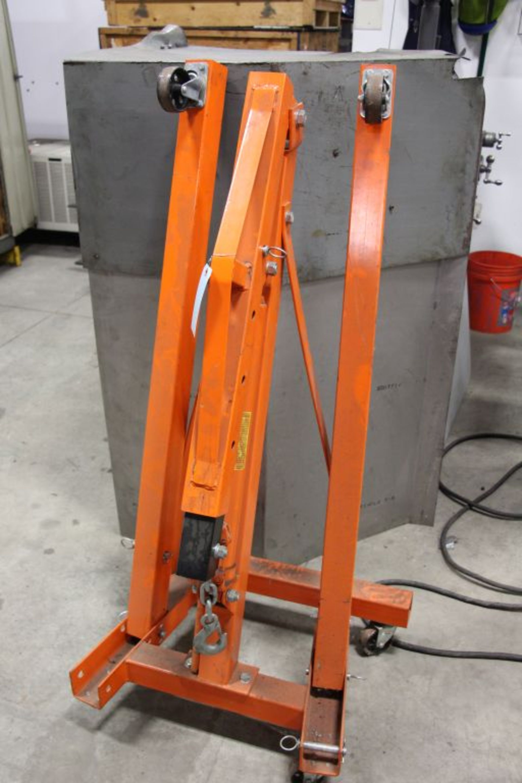 Lot 8 - Engine Hoist, 1 ton