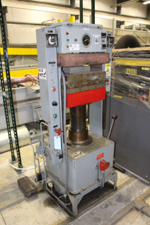 Lot 12 - Hydraulic Press