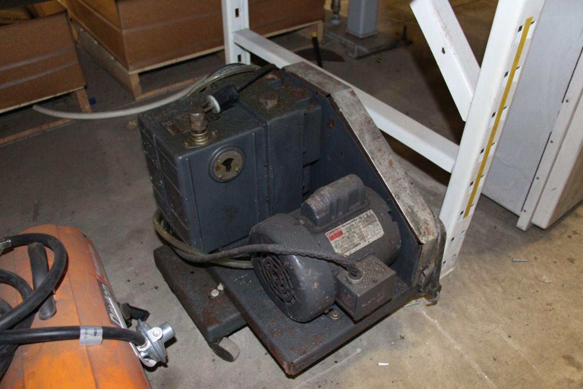Lot 32 - Vacuum Pump