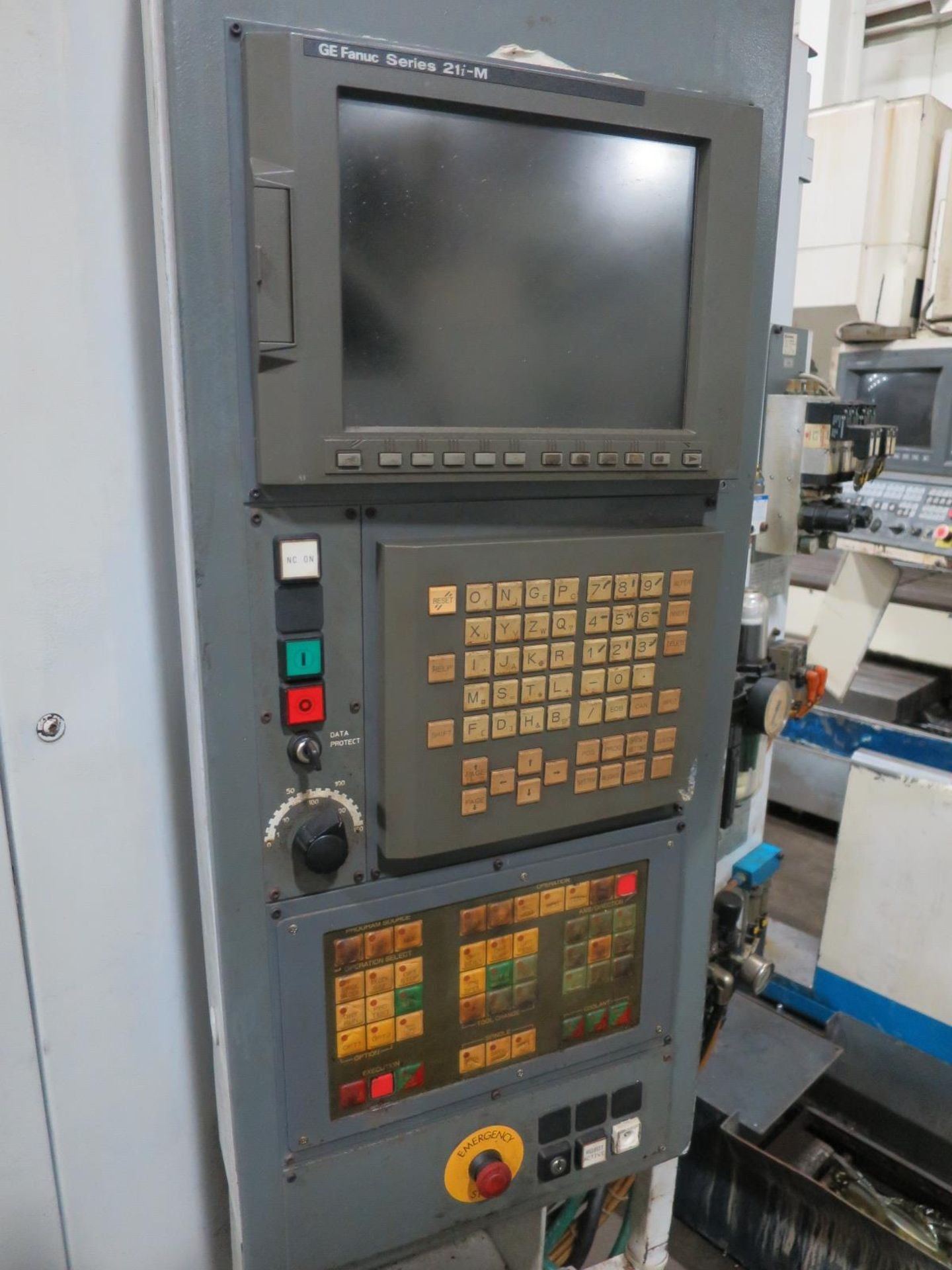 Lot 56 - Chiron FZ08W CNC Vertical Machining Center W/Pallet Changer, S/N 484-54, New 2001