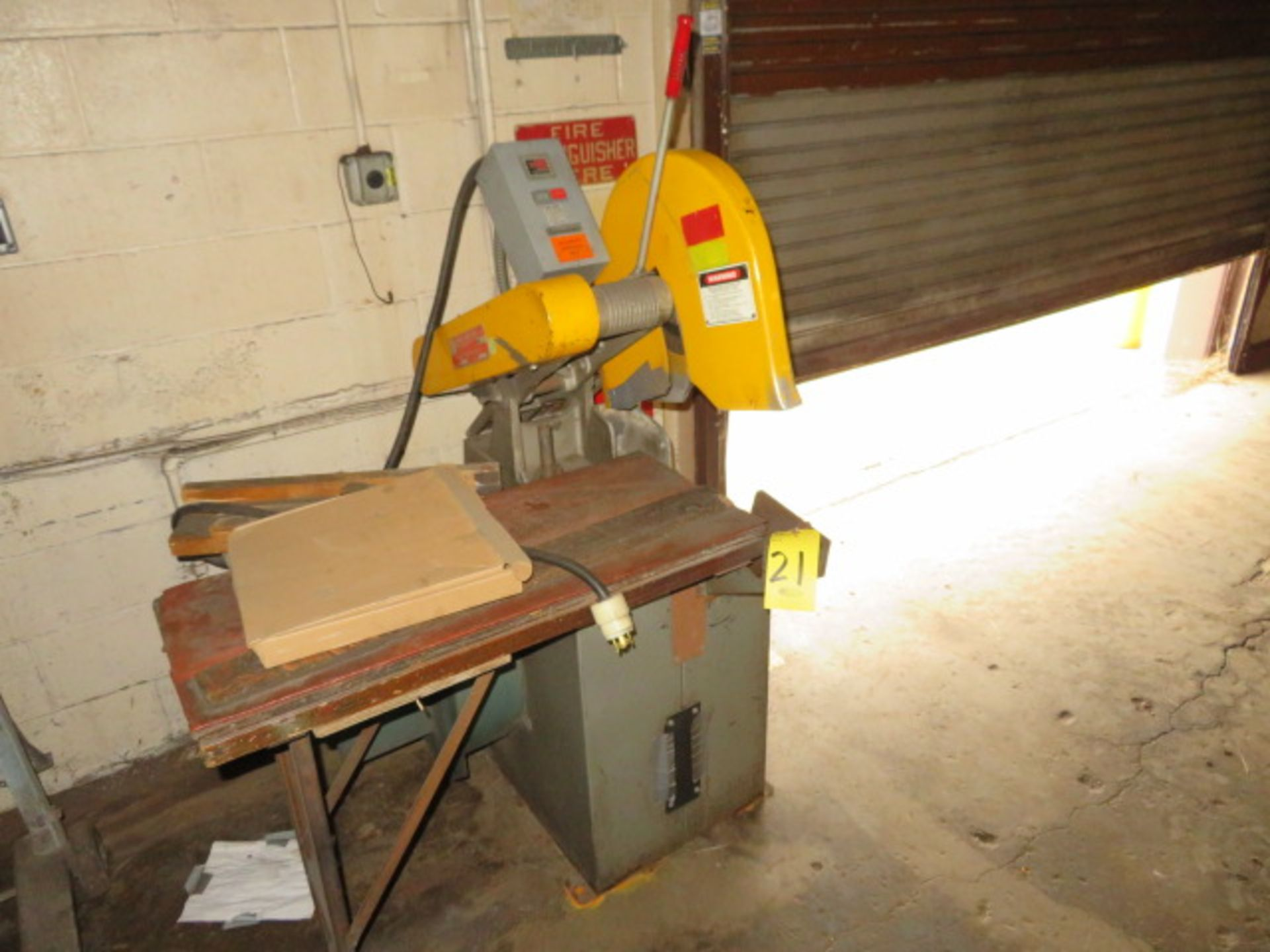 Lot 21 - EVERETT 14 16 CUTOFF SAW, 7.5HP