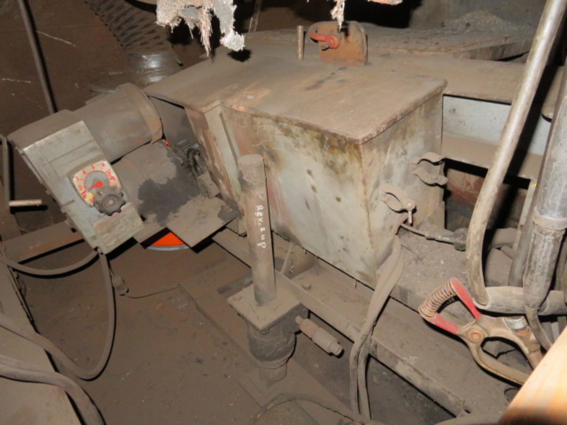 Lot 48 - SUB-ARC WELDING UNIT W/VARIABLE SPEED ROTATING UNIT, MOBILE GANTRY FRAME, LINCOLN NA-3N AUTO WIRE