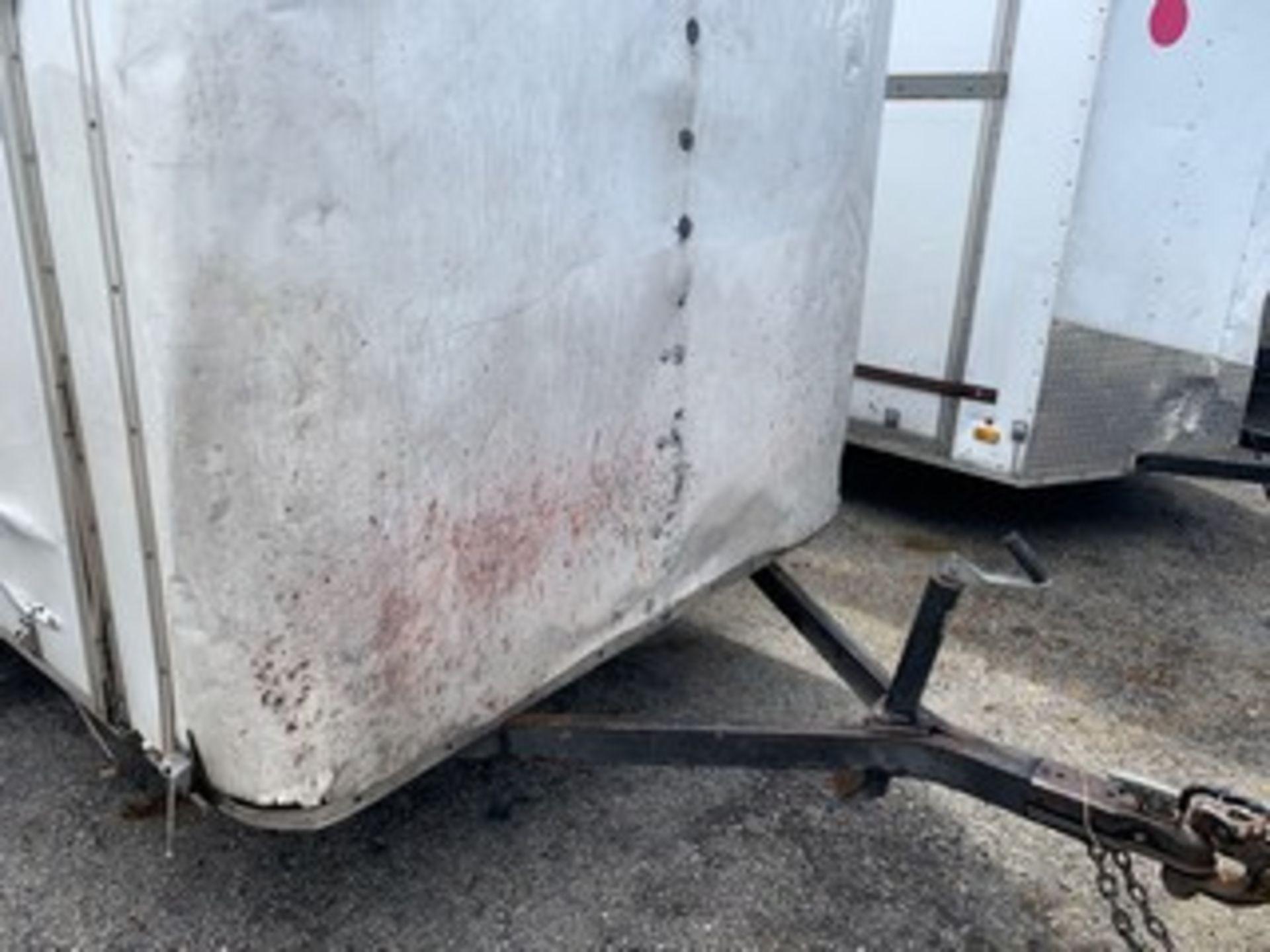 Lot 715 - 2014 TORI ENCLOSED TRAILER - VIN #121KP0616EM016590 - WHITE - SINGLE AXLE (12)