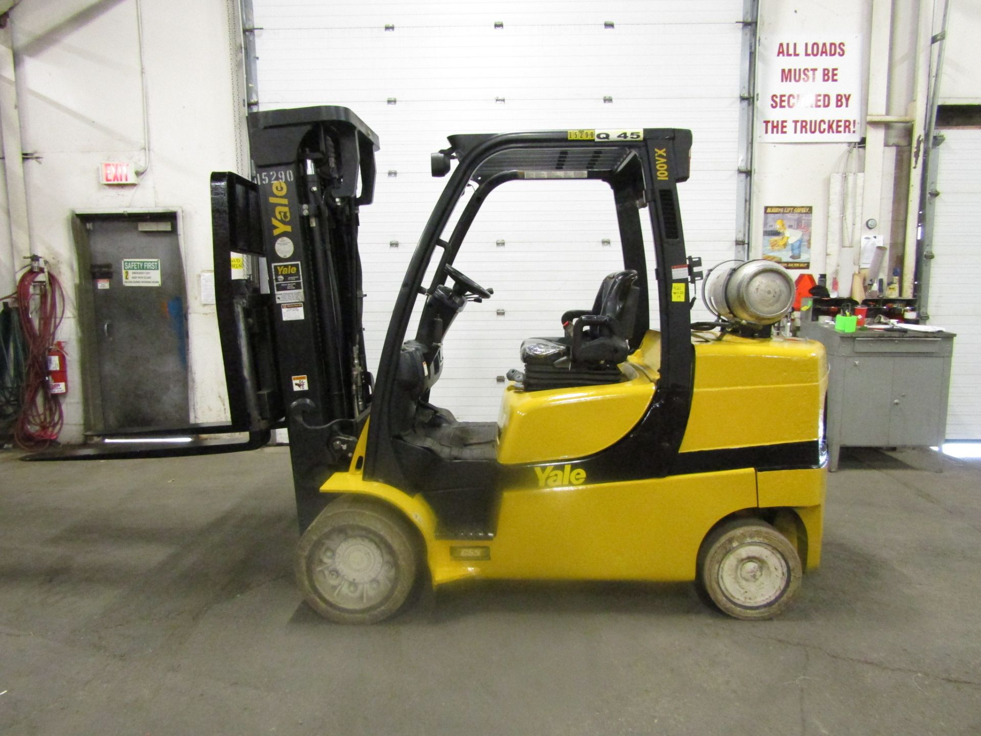 Lot 164 - 2012 Yale 10000lbs Capacity Forklift with 3-stage mast and sideshift & non-marking tires - LPG (