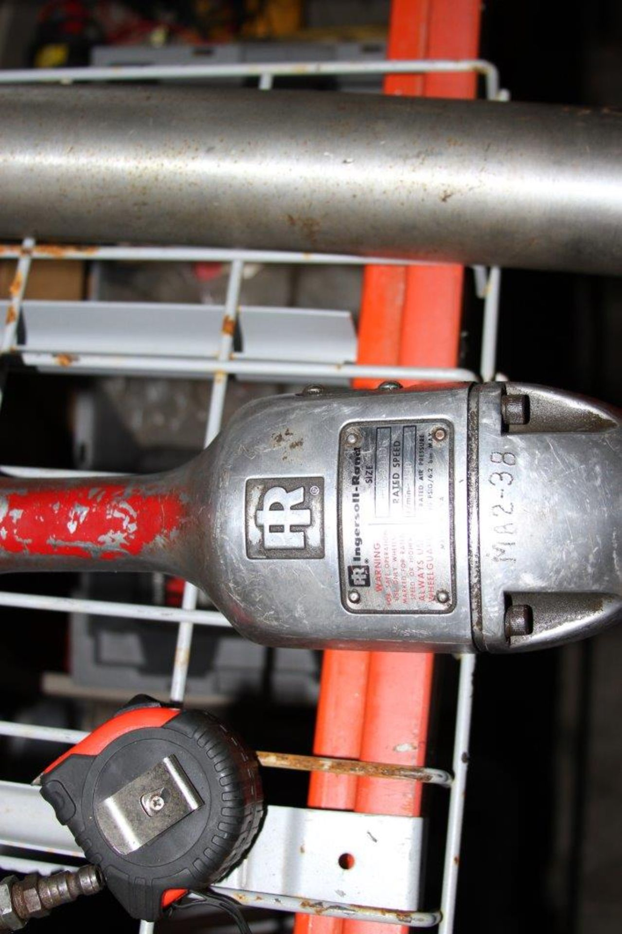 Lot 13 - Large Ingersoll Rand Cutoff Tool Size 99HL 60H106 Rated Speed 6,000 R/Min