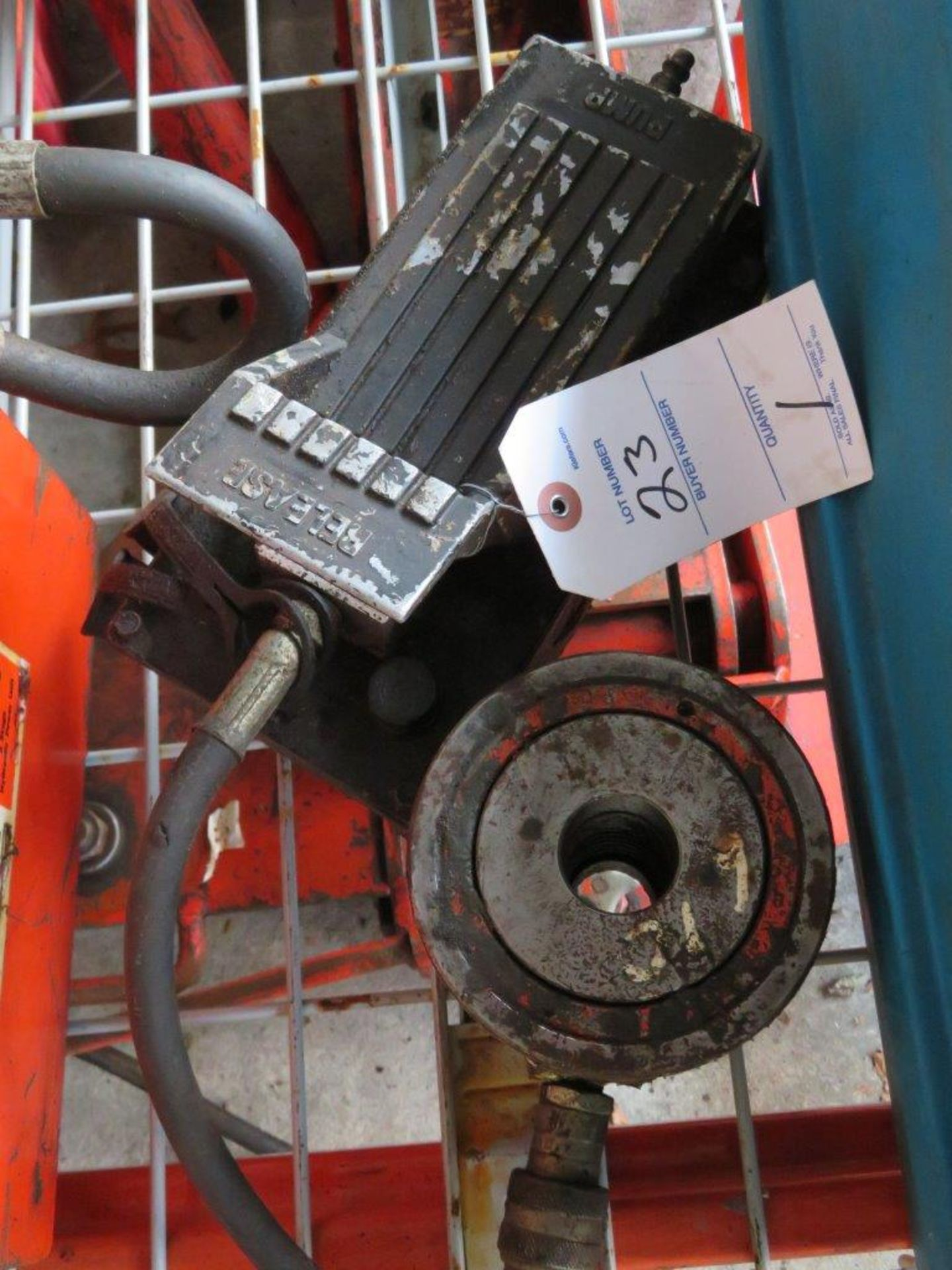 Lot 23 - Hydraulic Power Ram with 6 inch Piston