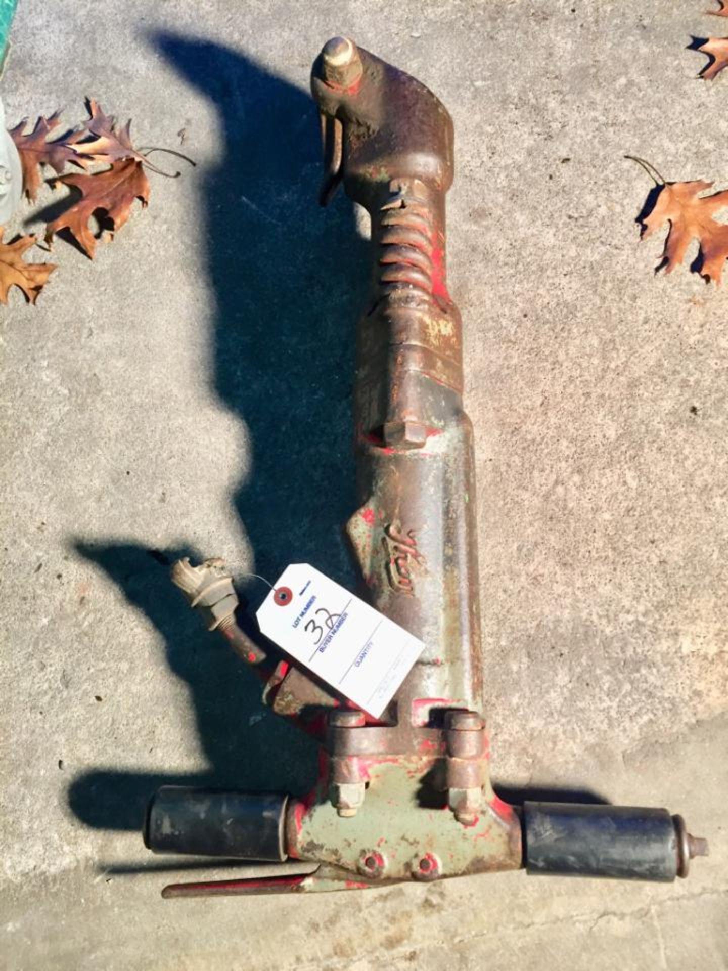 Lot 32 - (1) Thor Tools Jackhammer