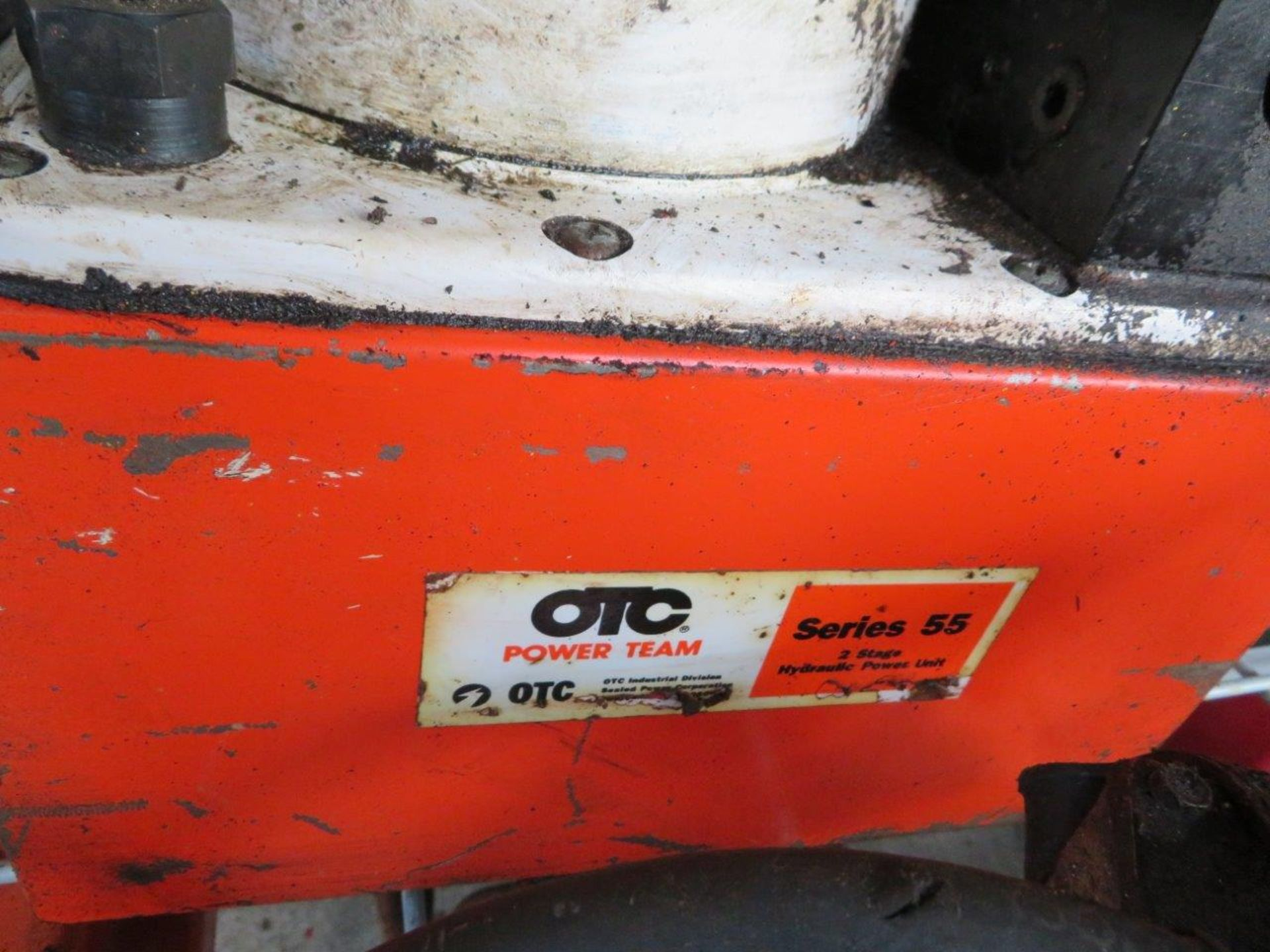Lot 24 - OTC Electric Over Hydraulic Pump Series 55 2-stage