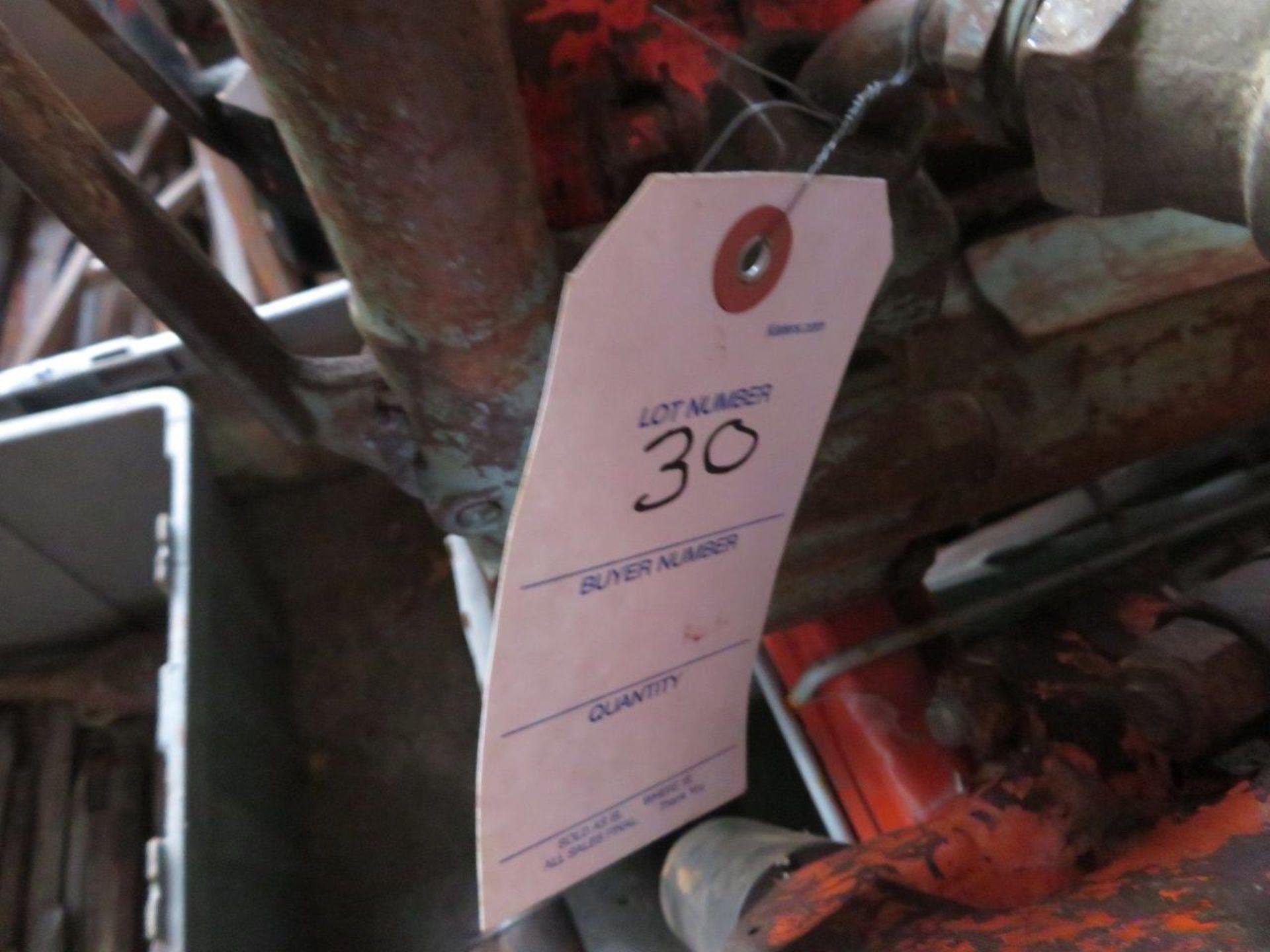 Lot 30 - (1) Jackhammer