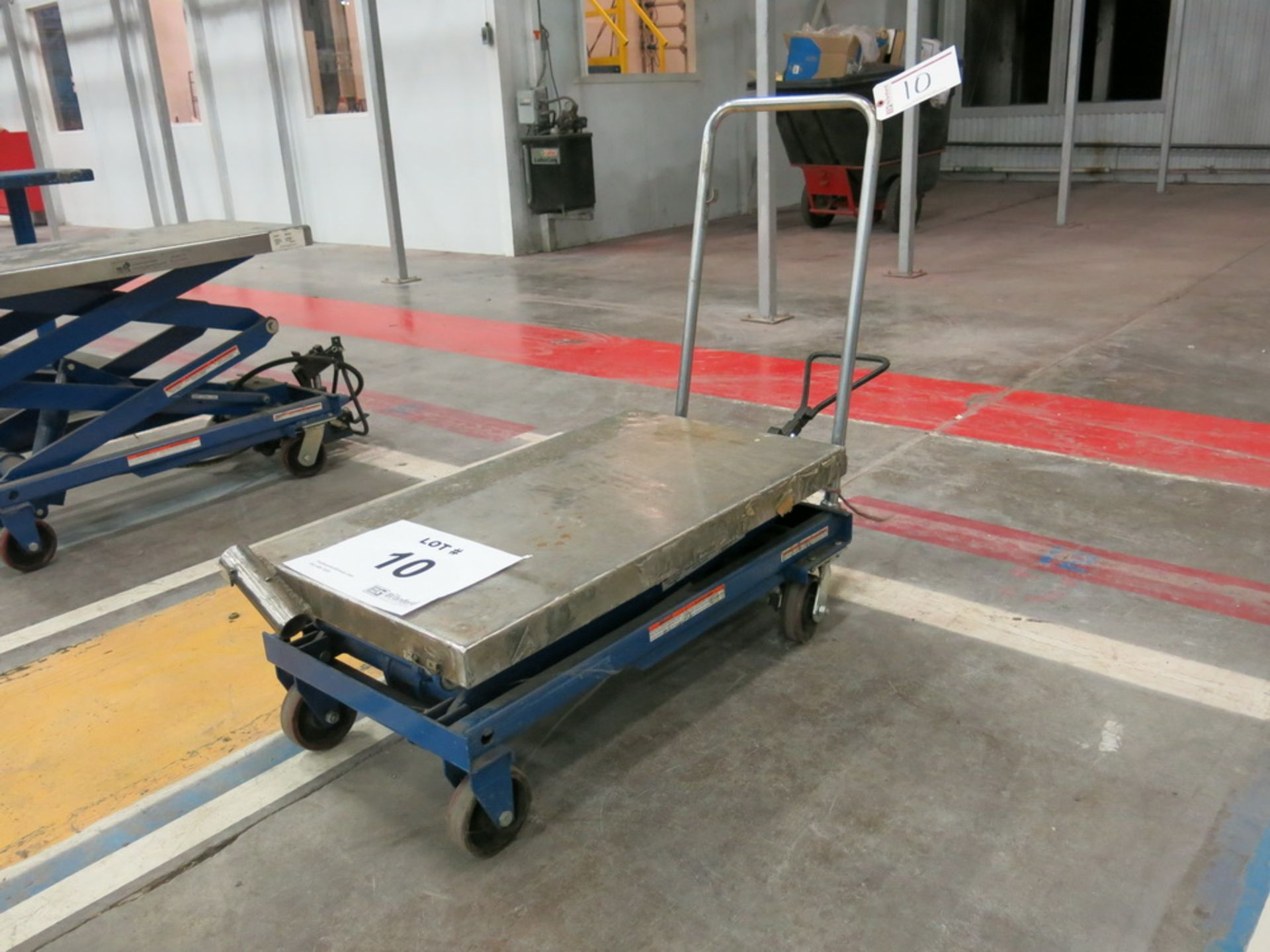 Lot 10 - Hydraulic/Pneumatic Die Lift Cart