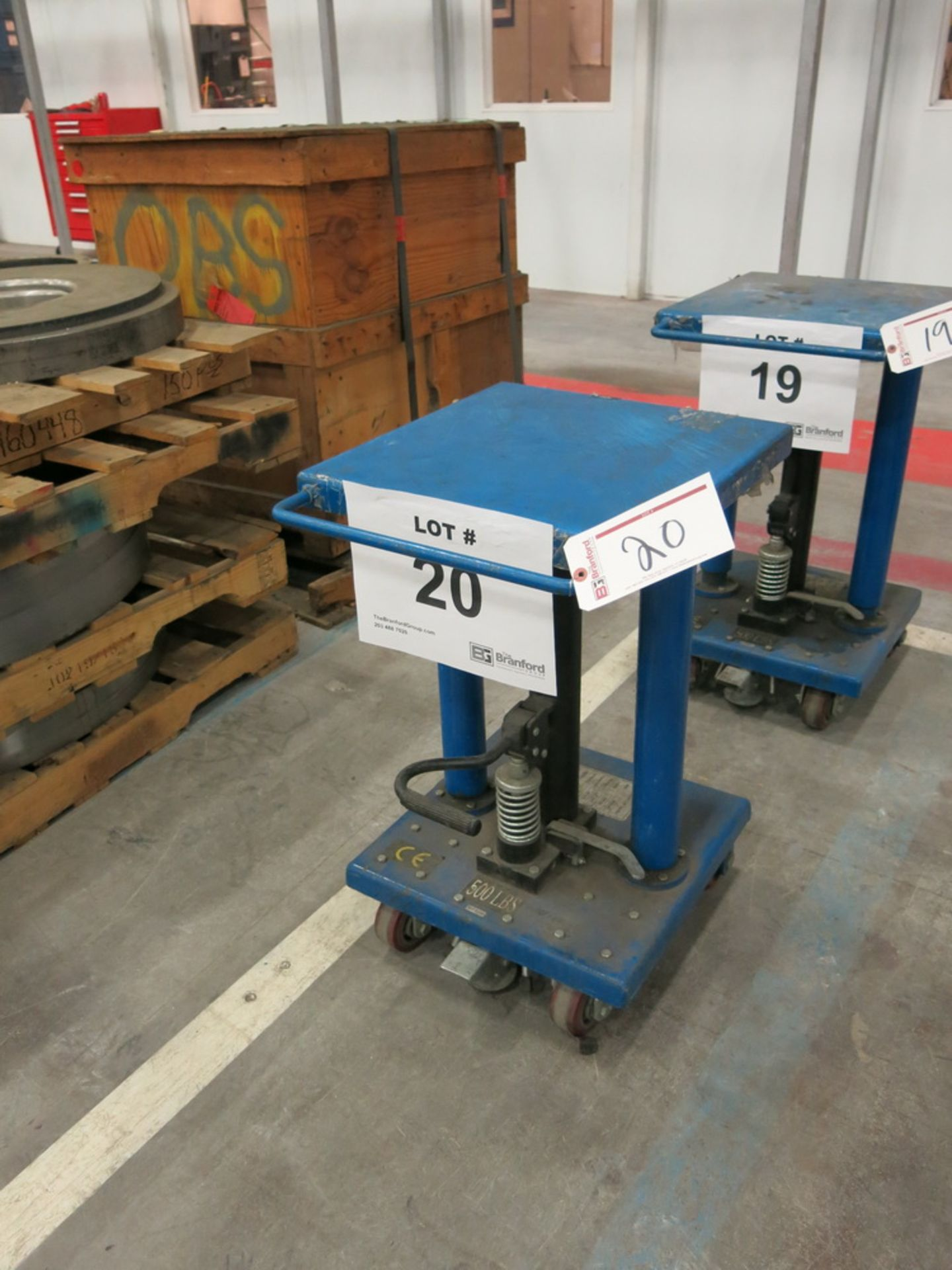 "Lot 20 - 2014 Hydraulic Die Lift Cart, 500 Lb Cap. 18"" x 18"""