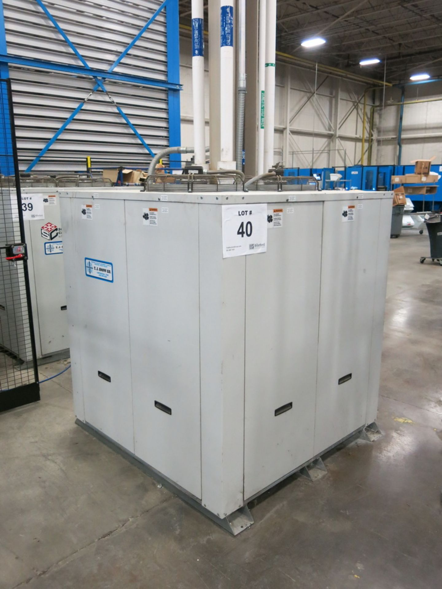 Lot 40 - 2014 Schreiber Dimplex Chiller Model SVI-15000-M, (2) 7.5 HP Compressors, (2) 3 HP Chiller Pumps