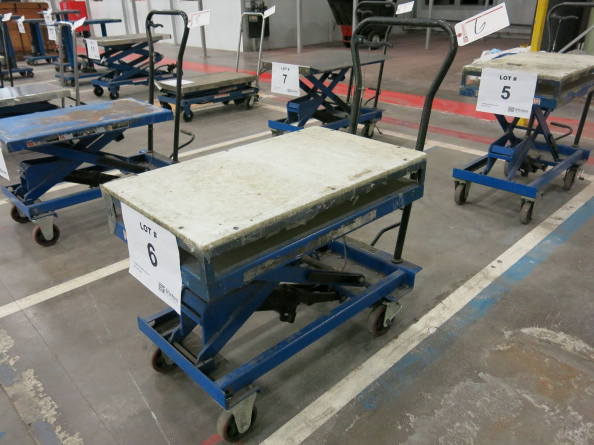 Lot 6 - Lift Table, 1100 lb Cap. Hydraulic Die Lift Cart w/ Polypropylene Top