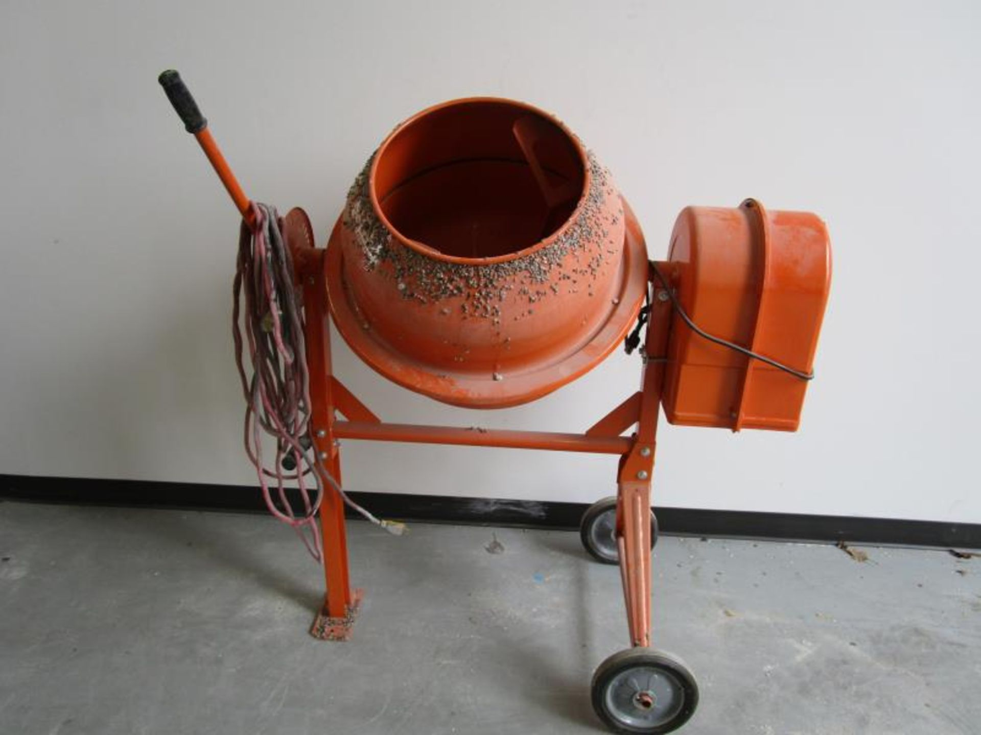 Lot 18 - Central Machinery 61932 Cement Mixer - 3-1/2 Cubic Ft