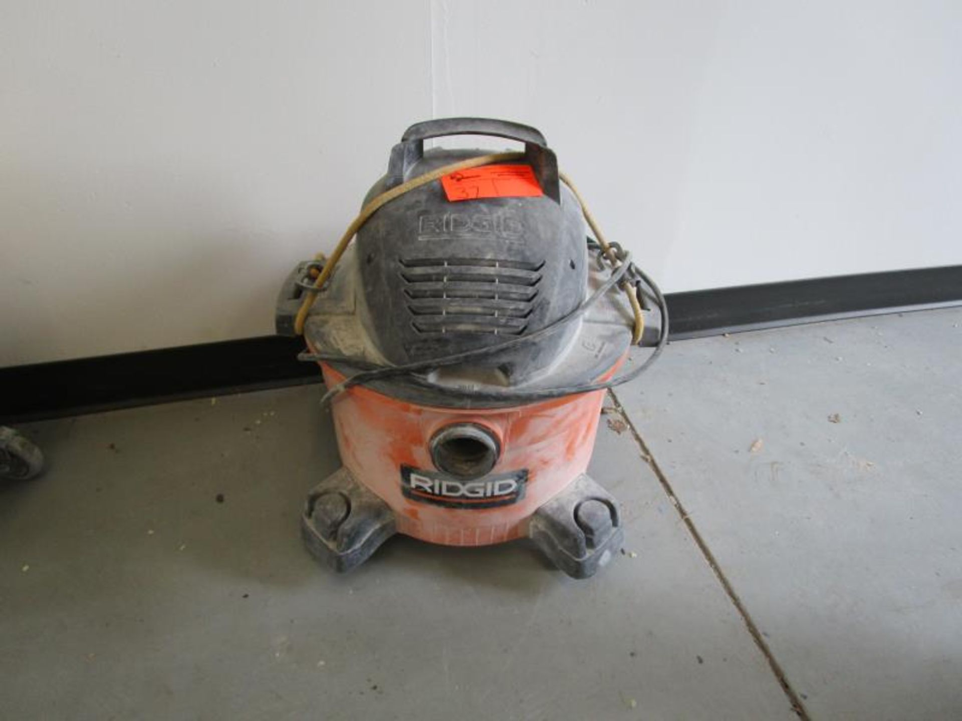 Lot 37 - Rigid Shopvac