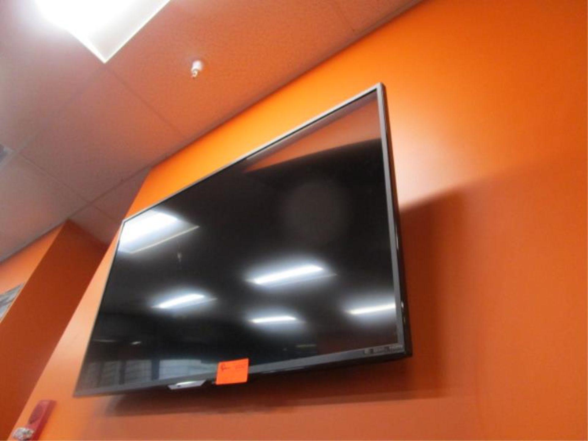Lot 10 - Sharp Flat Panel TV, Model: LC-55UB3OUB, Liquid Crystal Display