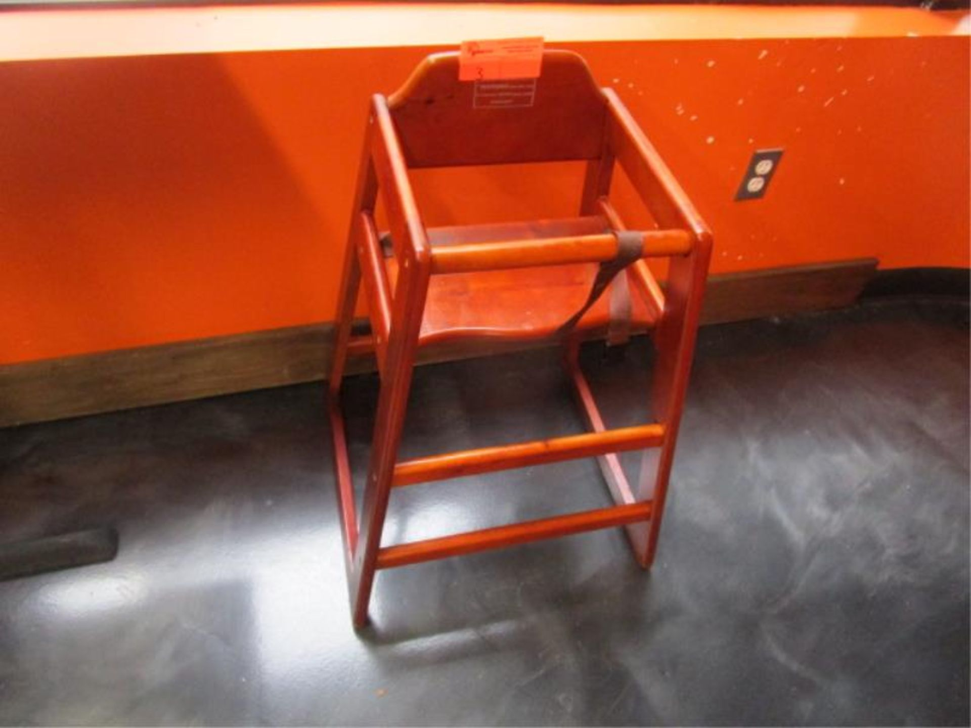 Lot 3 - Highchair by Update
