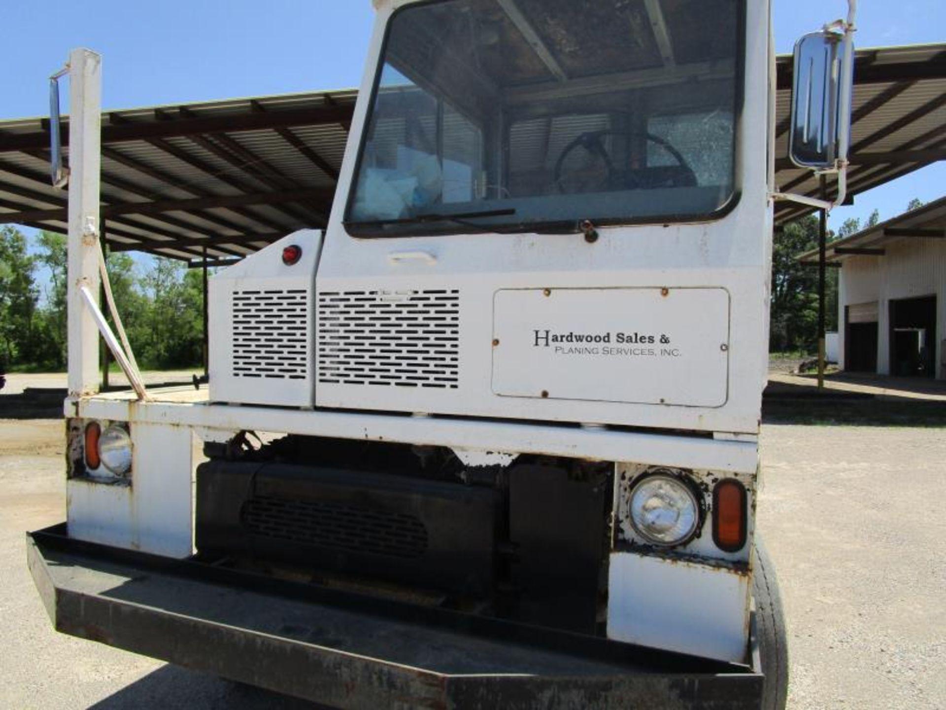Yard truck by Ottawa truck model# 30 SN: 65044390 engine hours 8,164 - Image 2 of 8