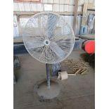 Lot 51 - Pedestal floor fan