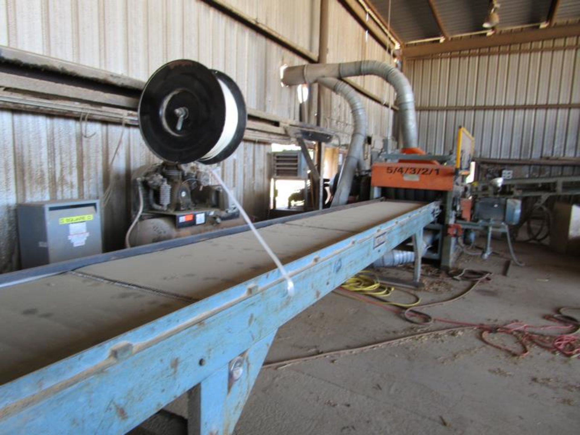 Lot 26 - Planer by Newman, double roughing, with helical heads, foam filled tired, sn: 15382 m: 382, 100HP