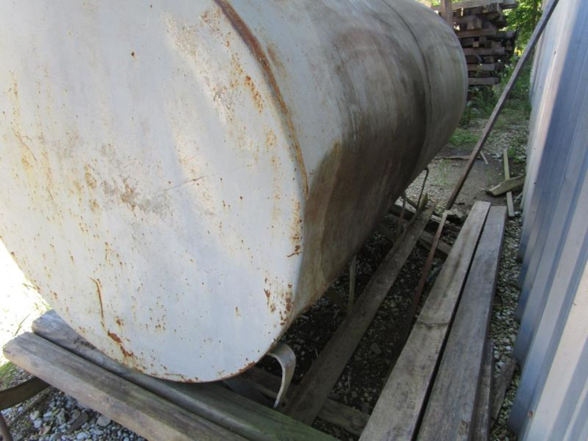 Lot 16 - Diesel Tank (600 Gallon) Steel with Tuthill m: FR610 Pump