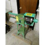 Lotto 125 - Central Machinery Sanding and Wheel Brush Machine